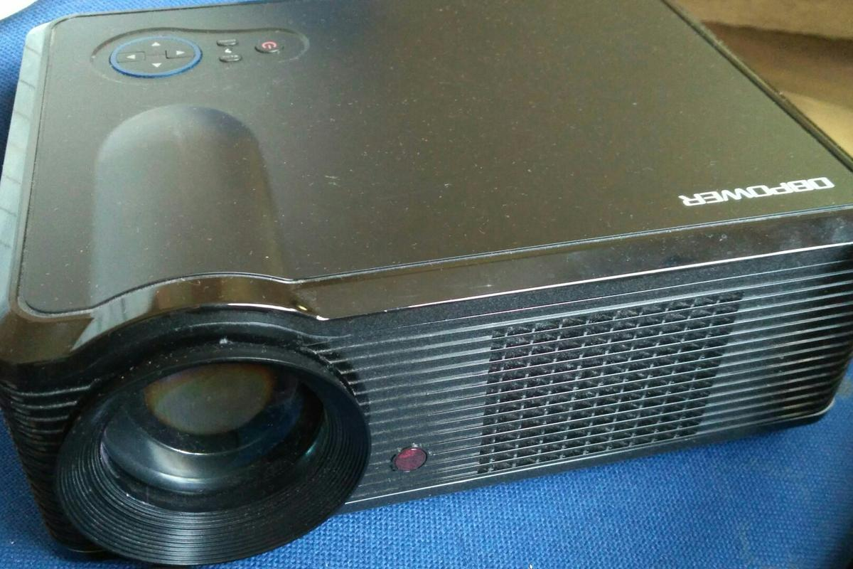 Dbpower Projector In Dh1 Moor For 25 00 For Sale Shpock
