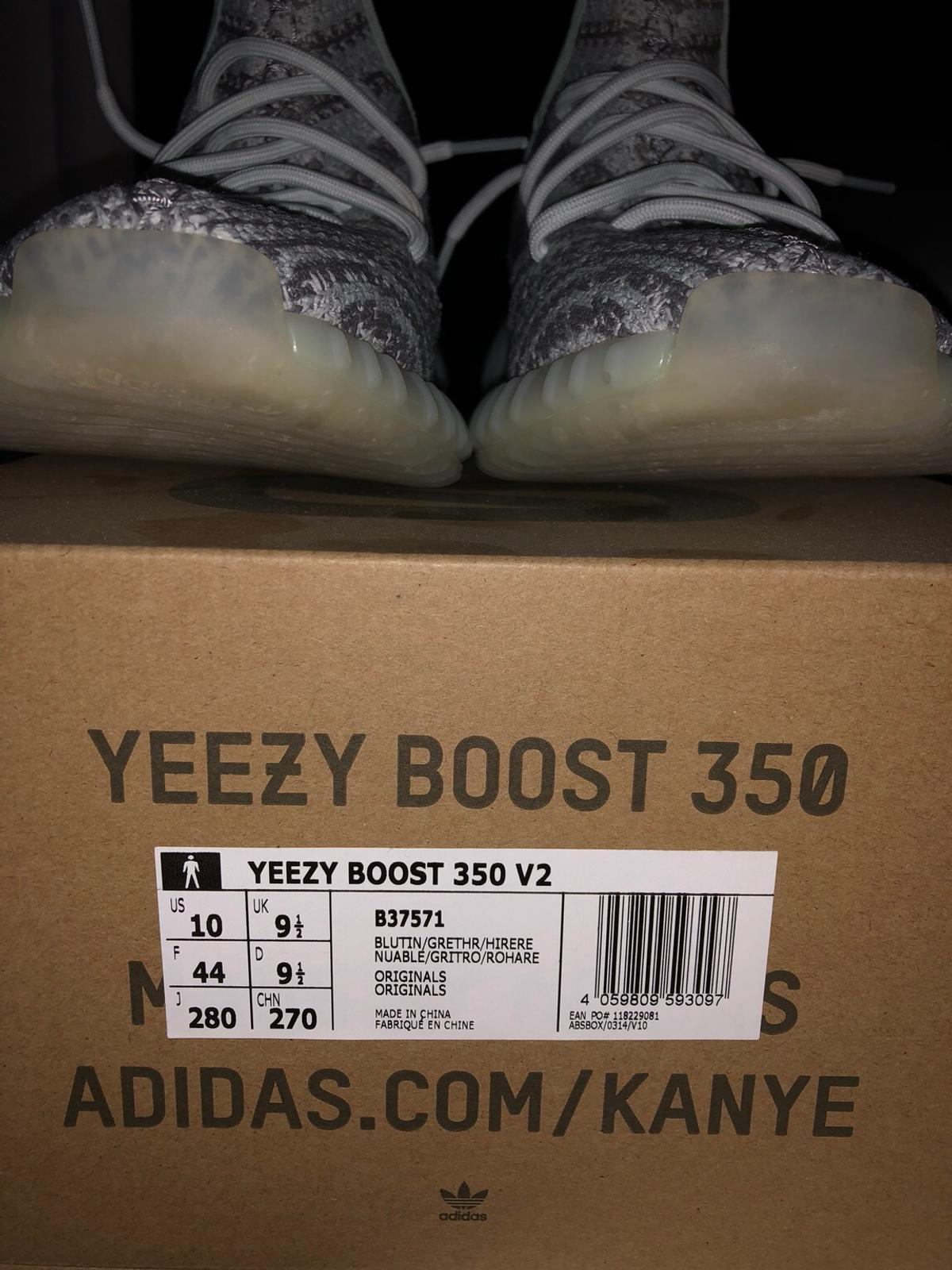 55c0bb477 Yeezy Boost 350 Blue Tint 44 in 1230 Wien for €240.00 for sale - Shpock