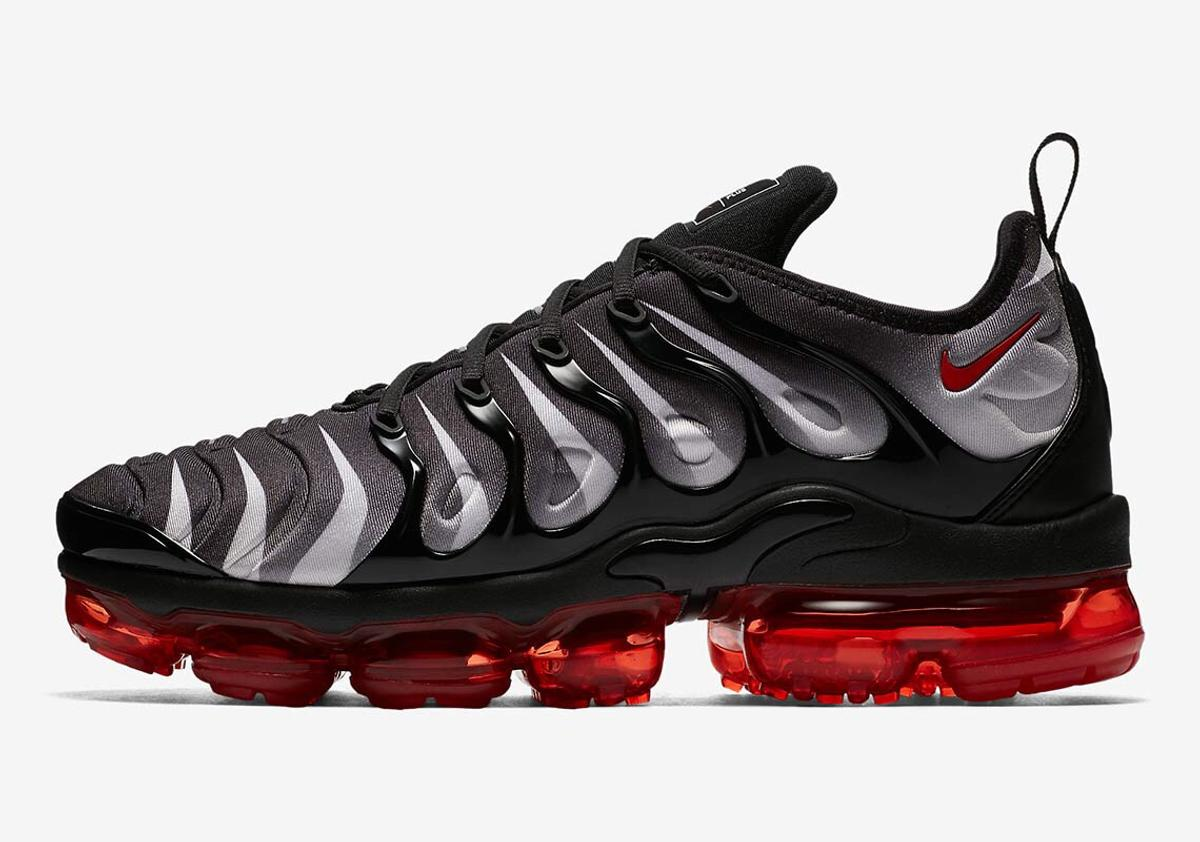 lowest price ee6a6 4a29f NIKE AIR VAPORMAX PLUS RED SHARK TEETH 6-7UK