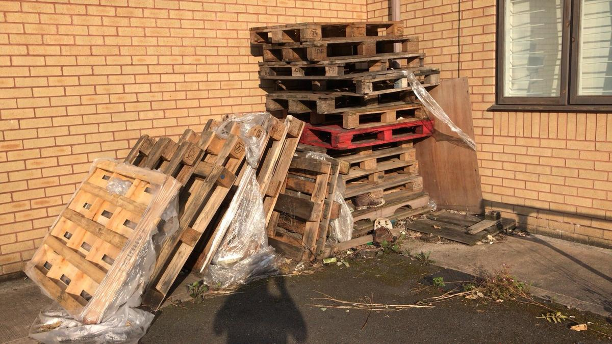 Wooden Pallets In B73 Birmingham For Free For Sale Shpock