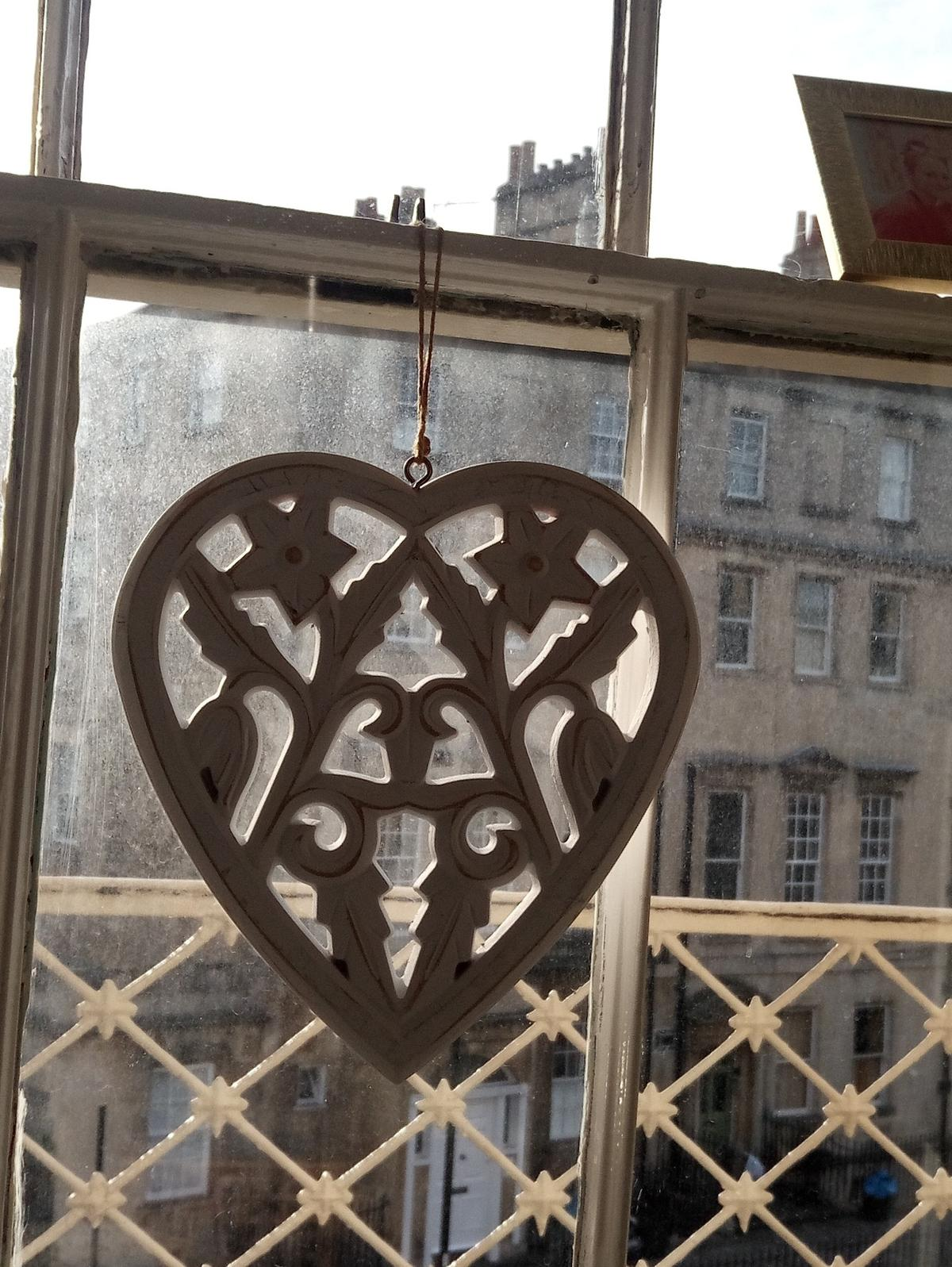 Large Wooden Hanging Heart White