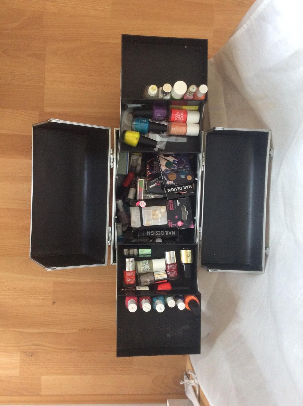 Makeup Box Includes A Whole Load Of