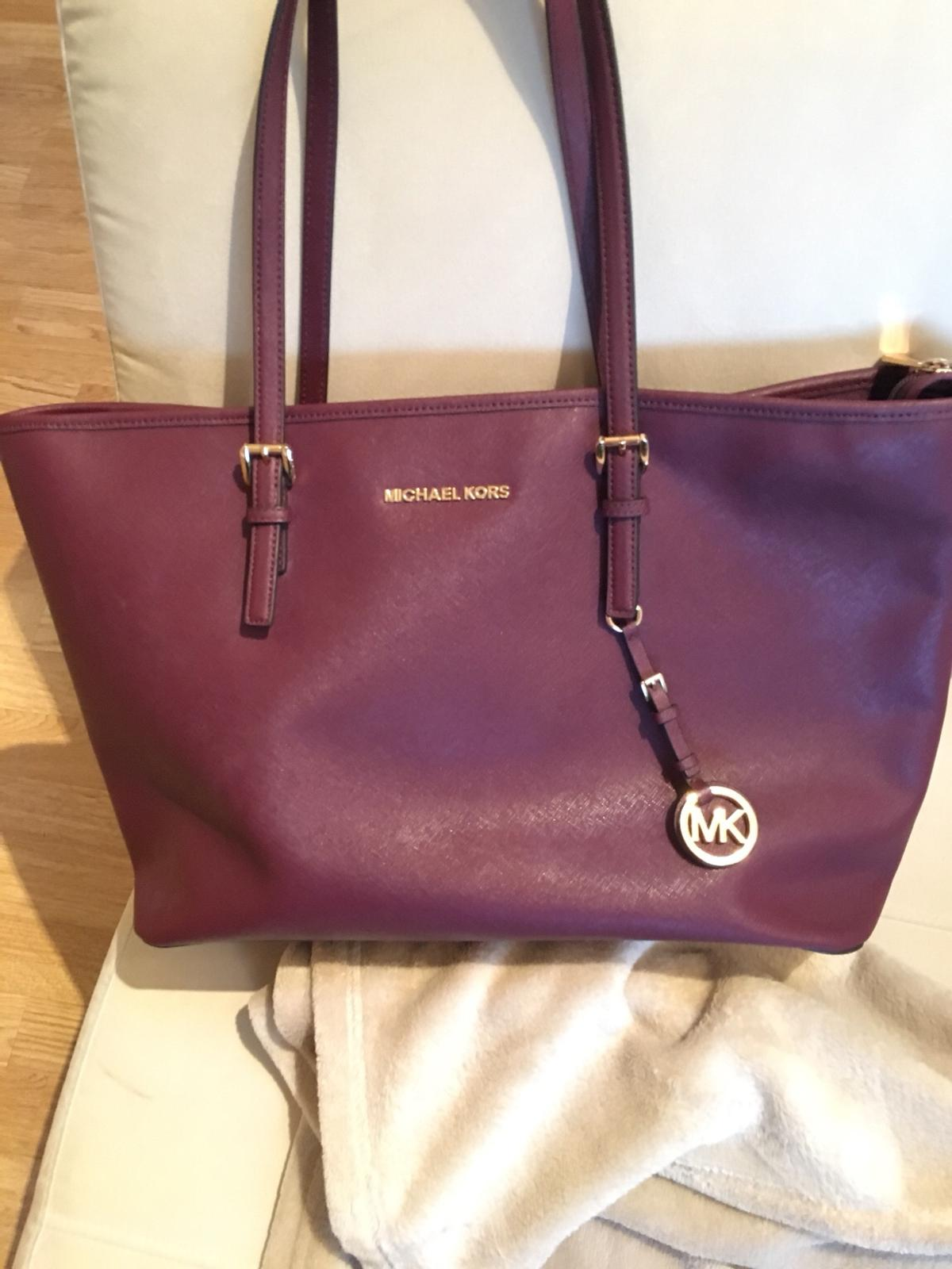 d3bbb0424965 Michael Kors Jet Set bag - Plum leather in NW3 London for £100.00 ...