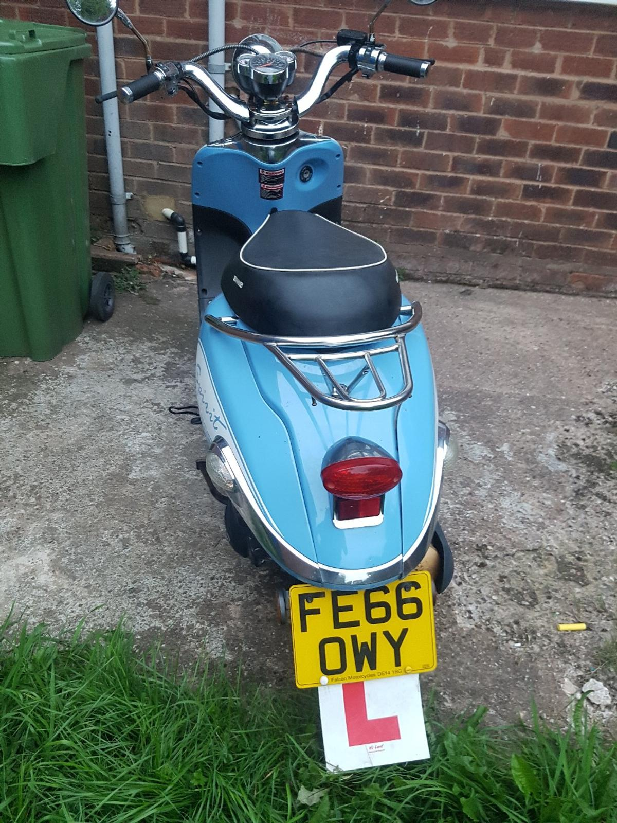 Znen 125cc moped scooter not 50cc px swaps in B31 Birmingham