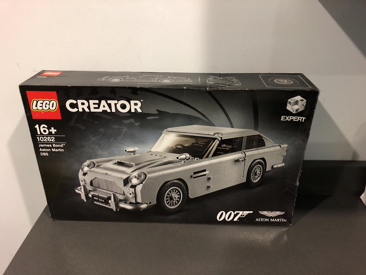 Lego James Bond Aston Martin Db5 10262 New