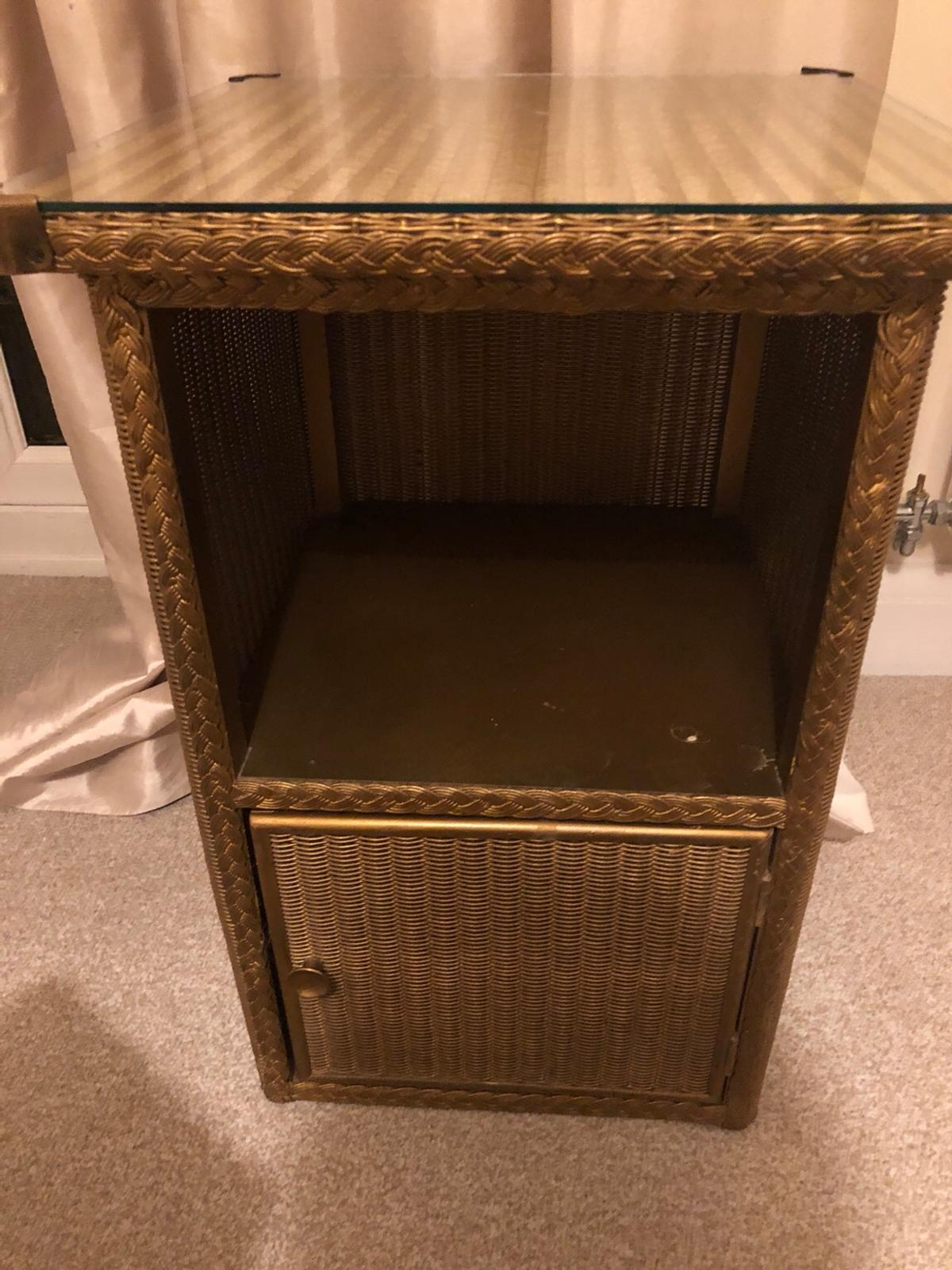 Vintage Gold Side Table Bedside Table In B91 Solihull For 20 00 For Sale Shpock