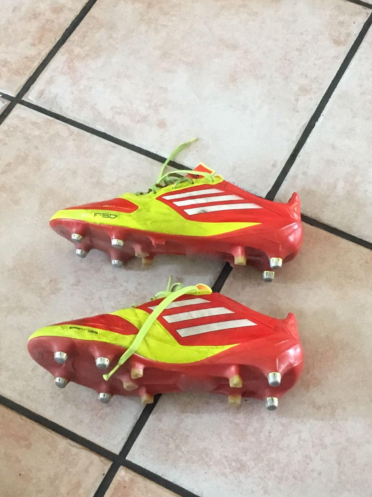 Scarpini adidas in 00134 Roma for €50.00 for sale | Shpock