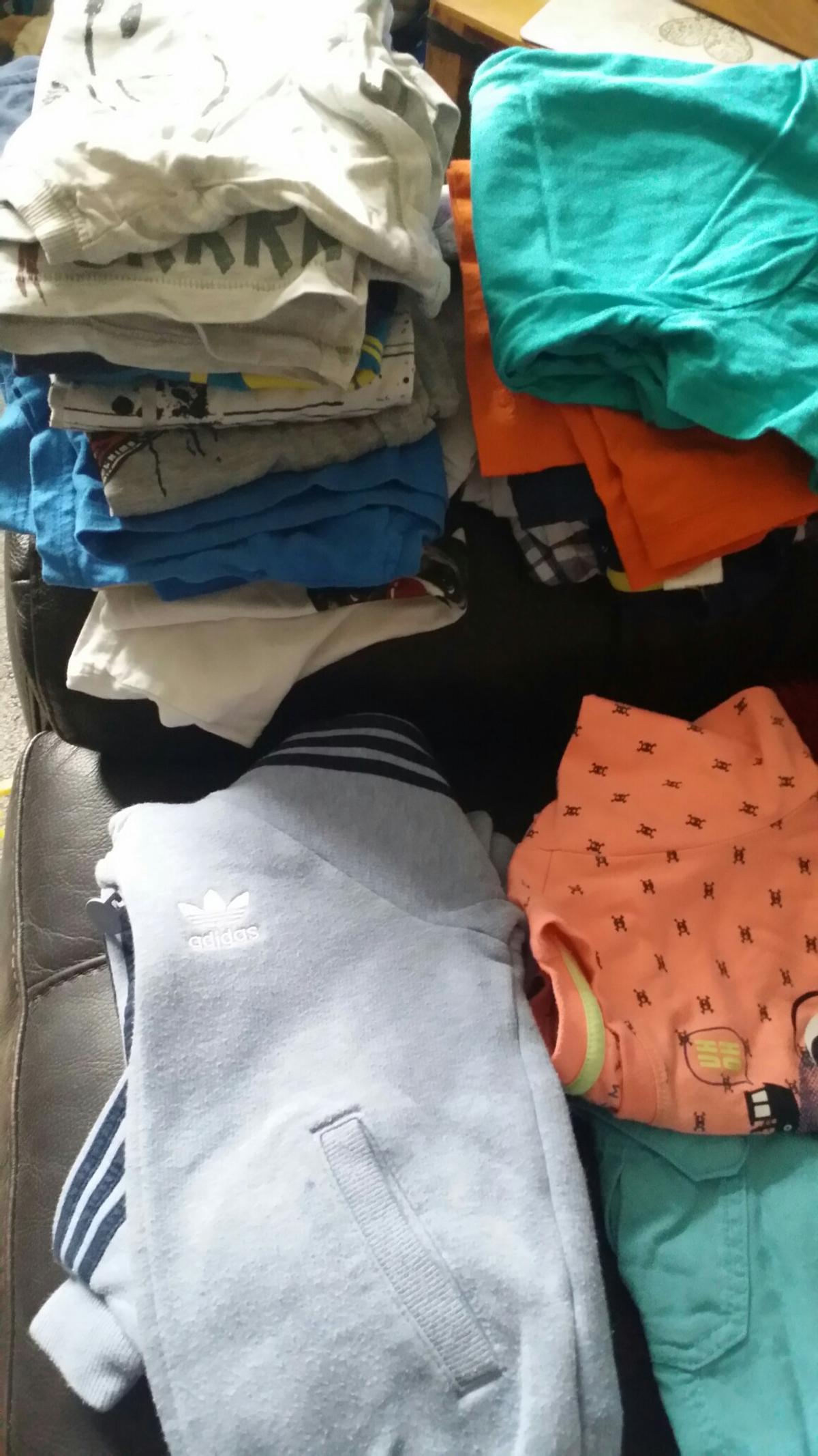 28f0e16b59f71 Boys clothes age 3.4 in WV14 Wolverhampton for £20.00 for sale - Shpock