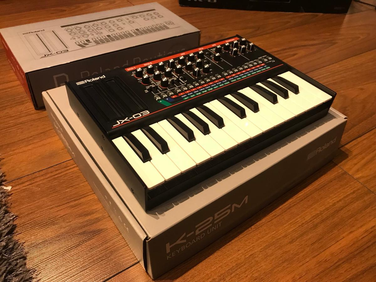 Roland JX-03 Digital Synth (& K-25M Keyboard) in M33