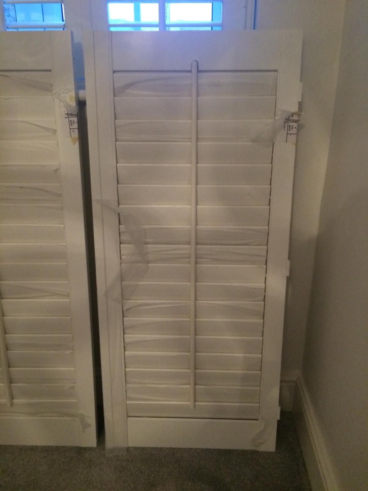 White Shutter Blinds In Me2 Halling For 180 00 For Sale Shpock