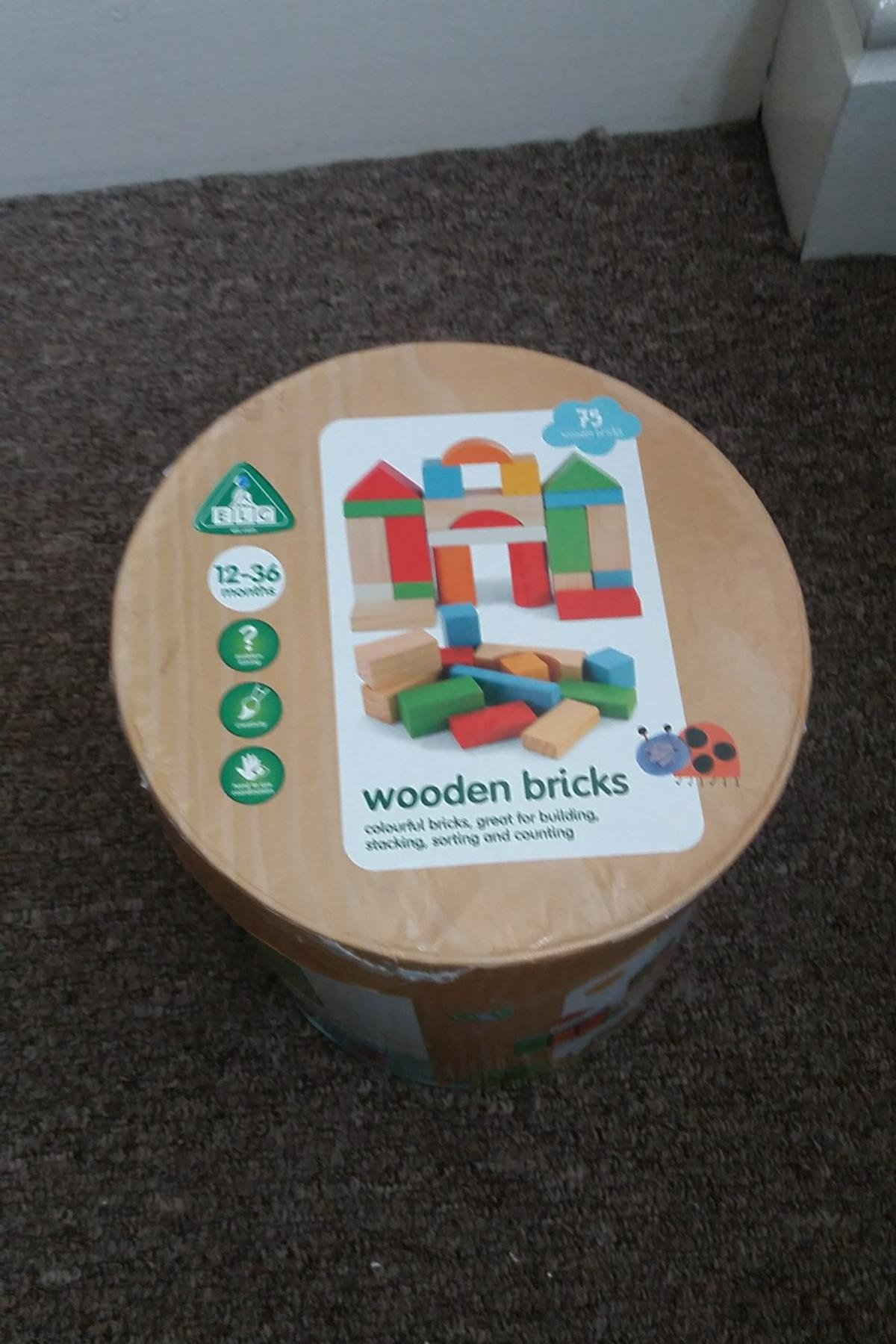 Wooden bricks in B8 Birmingham for £10 00 for sale - Shpock
