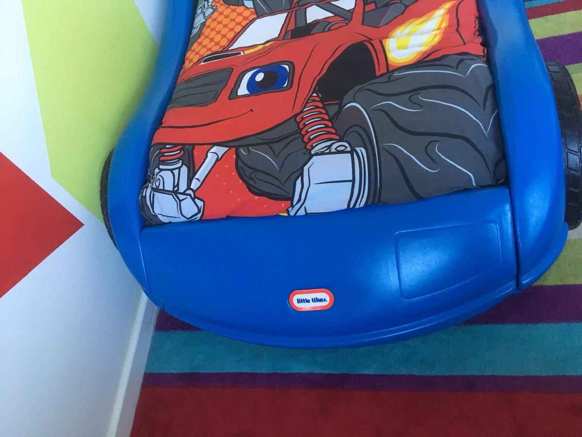 Little Tikes Blue Racing Car Bed In Wolverhampton For 35 00 For Sale Shpock