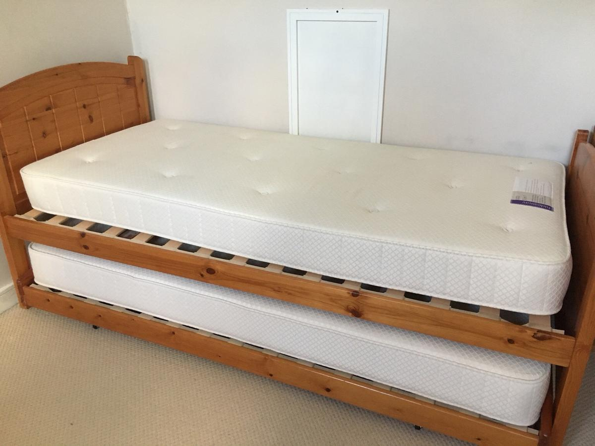M S Single Guest Bed In Cm15 Brentwood Fur 100 00 Kaufen Shpock