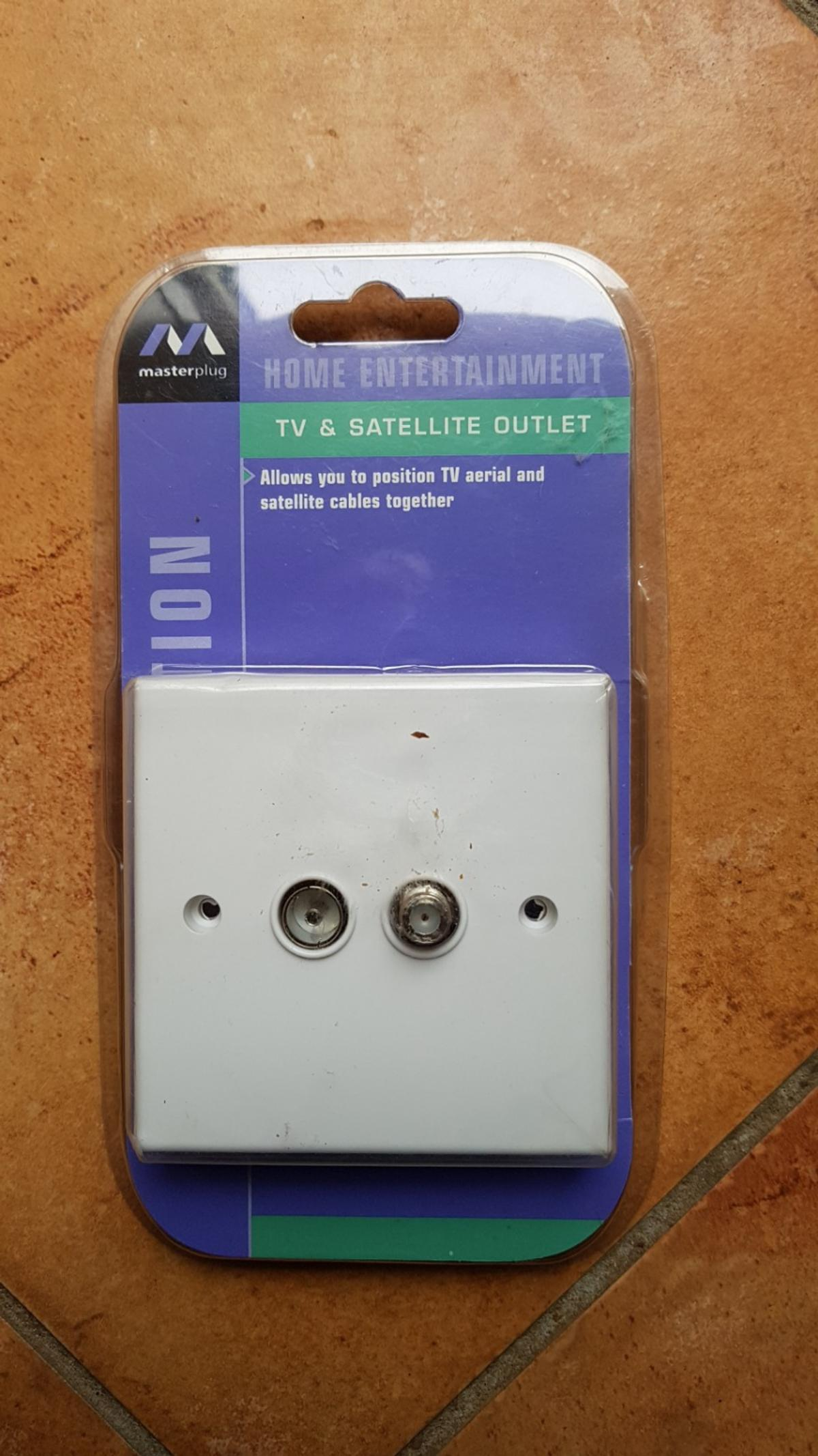 TV & SATELLITE WALL SOCKET OUTLET NEW IN PACK
