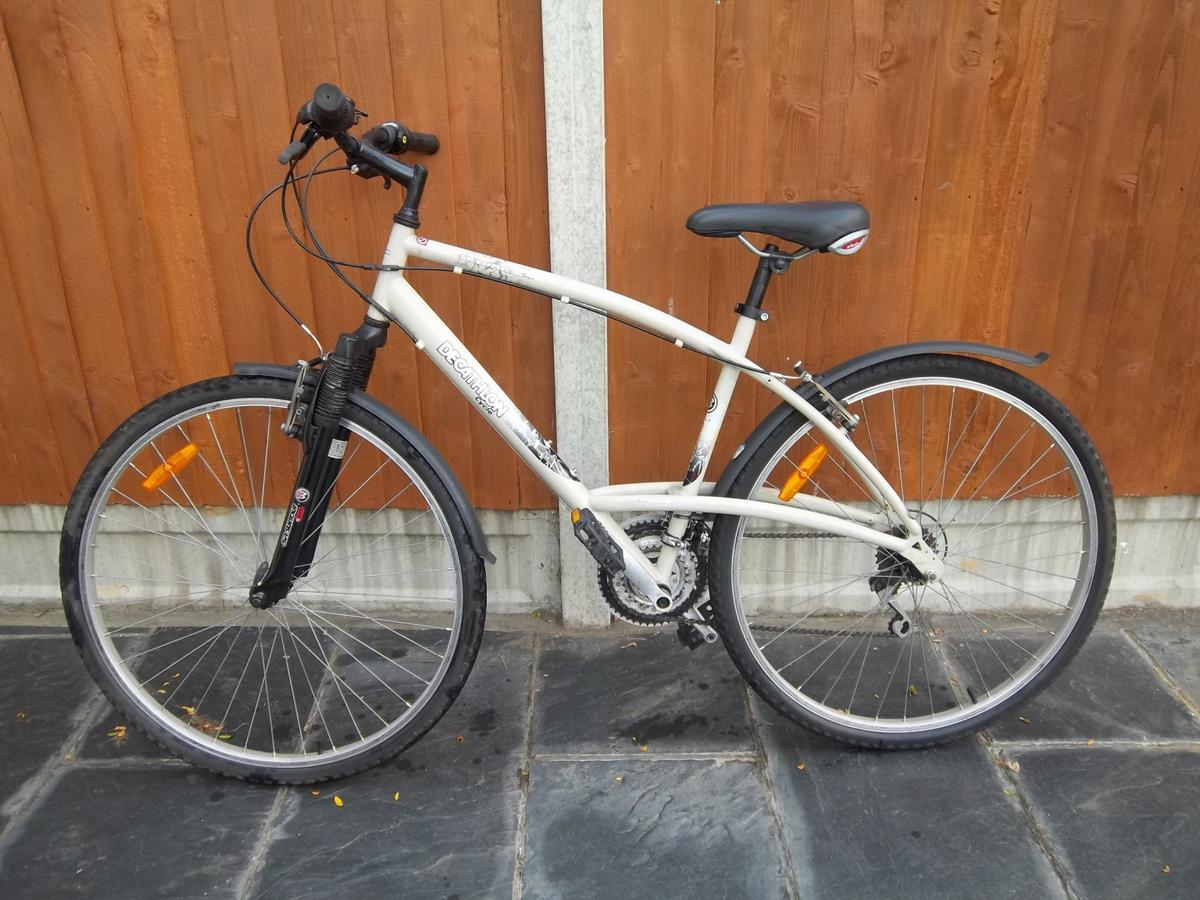 Decathlon Triban 3 Trail Bike in RM12 Havering for £35 00