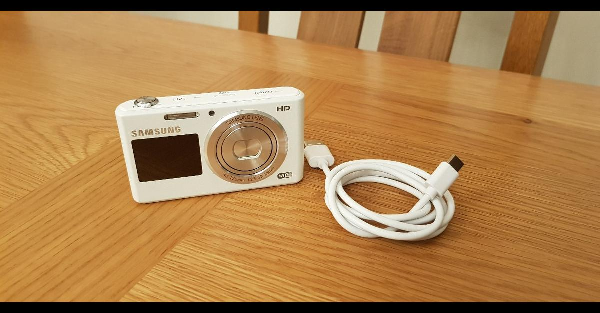 Samsung Dv151f camera in Britwell for £40 00 for sale - Shpock