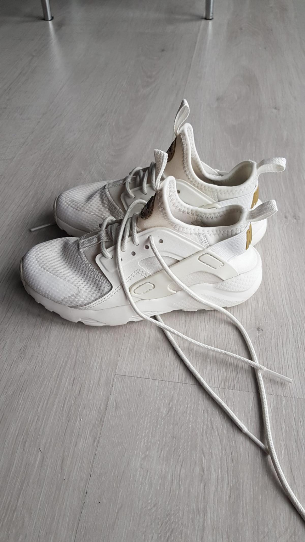 best sneakers 02a9f eecae Huarache kids trainers in SE8 Lewisham for £10.00 for sale ...