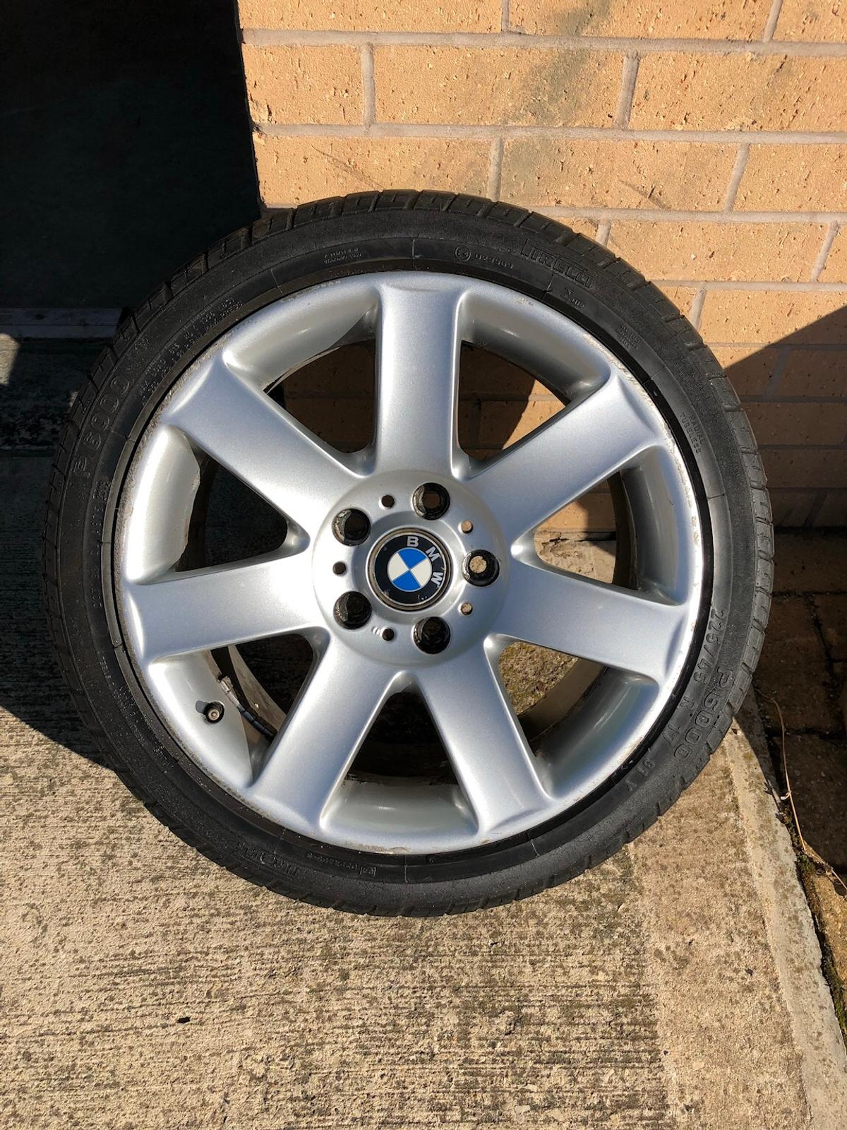 Genuine Bmw E46 17 Style 44 Alloy Wheels In Ls25 Leeds For 90 00 For Sale Shpock
