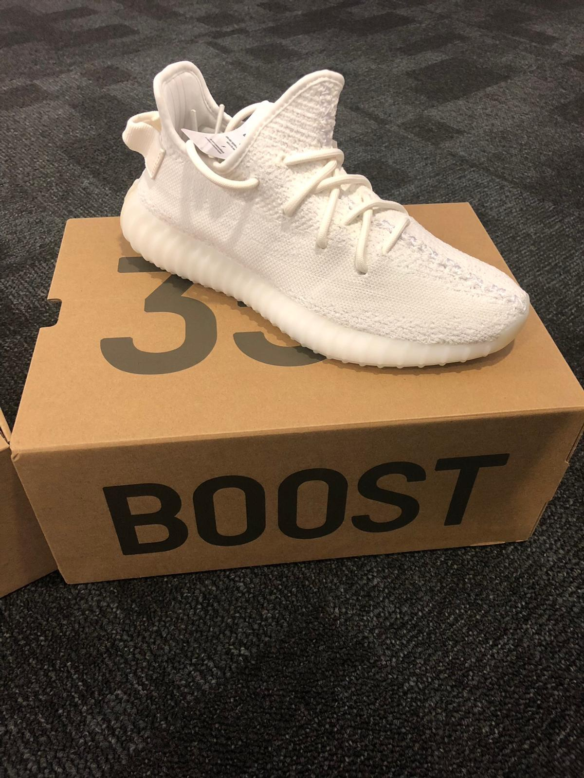 "e834479706754 Adidas Yeezy Boost 350 V2 ""triple white"" in 5112 Lamprechtshausen ..."