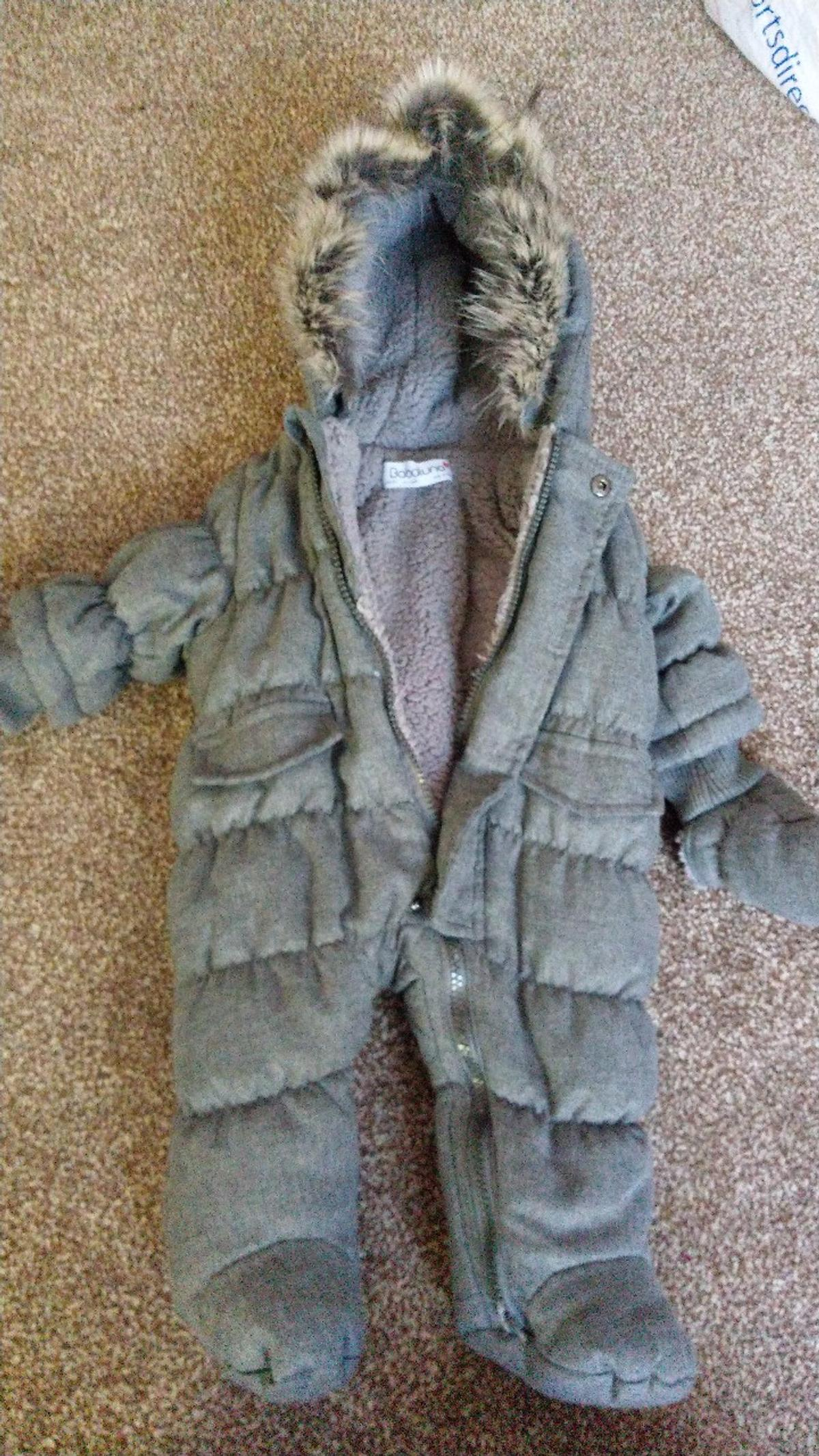 laest technology lower price with big sale baby snow coat