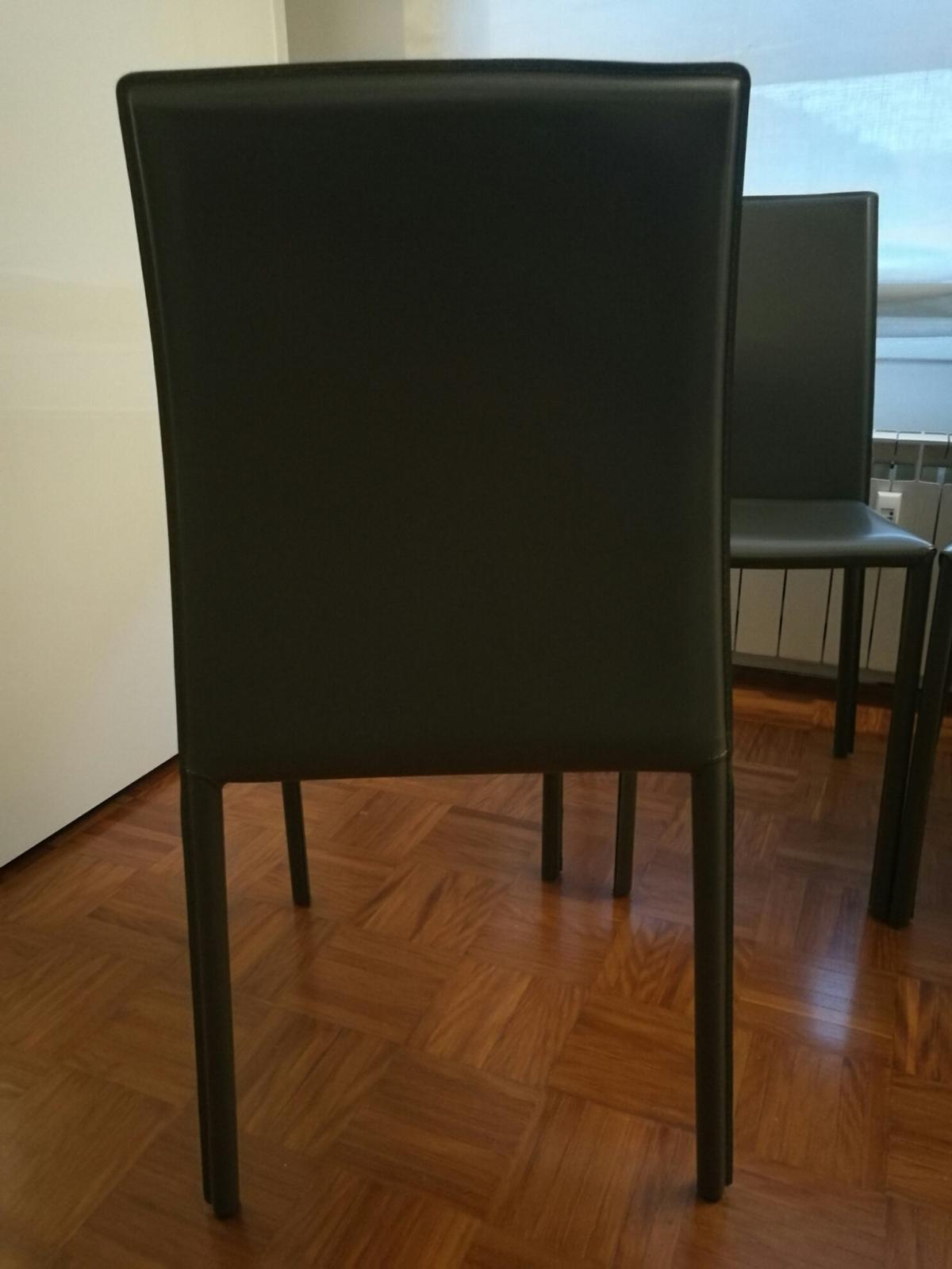 Sedie Chateau D\'Ax in 20122 Milano for €280.00 for sale | Shpock