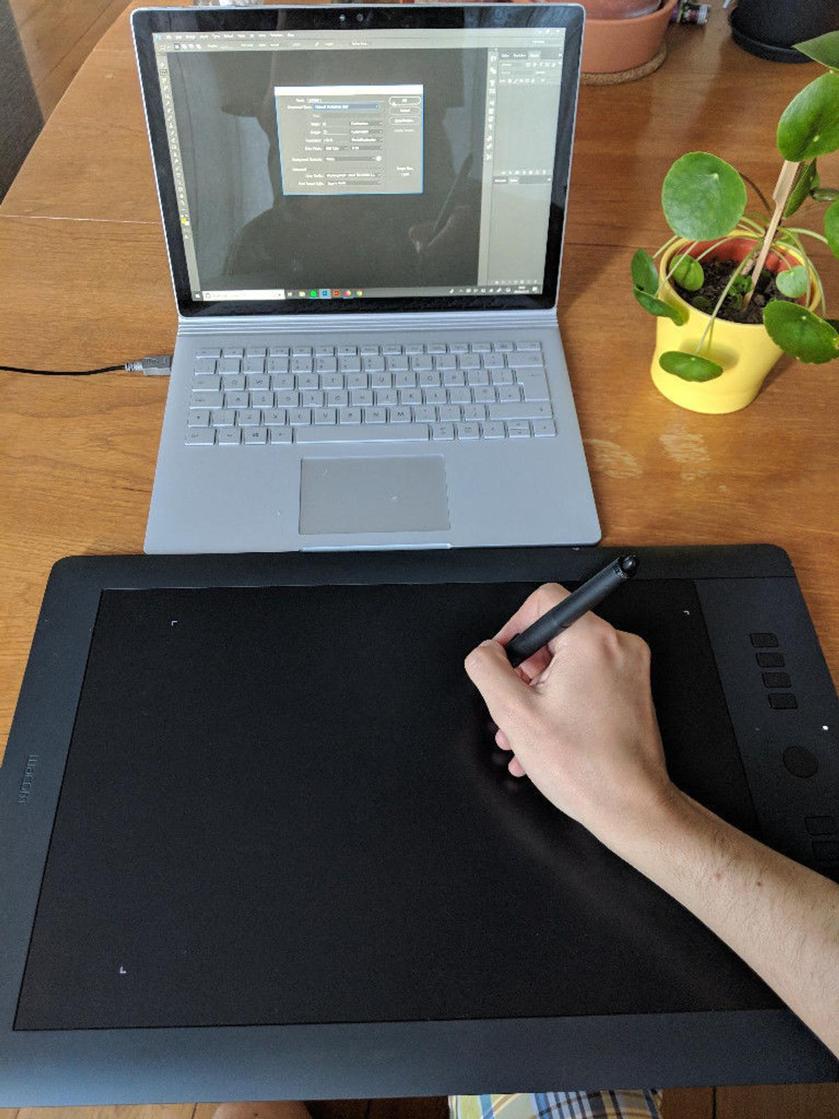 Wacom Intuos Pro Large in SW12 Wandsworth for £200 00 for