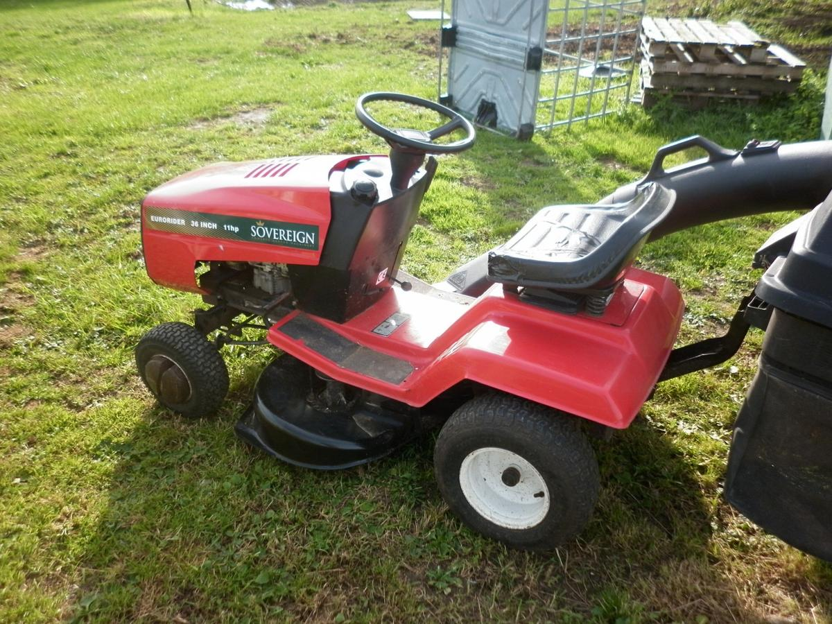Ride on Mower Sovereign Eurorider 11hp 36 in in South
