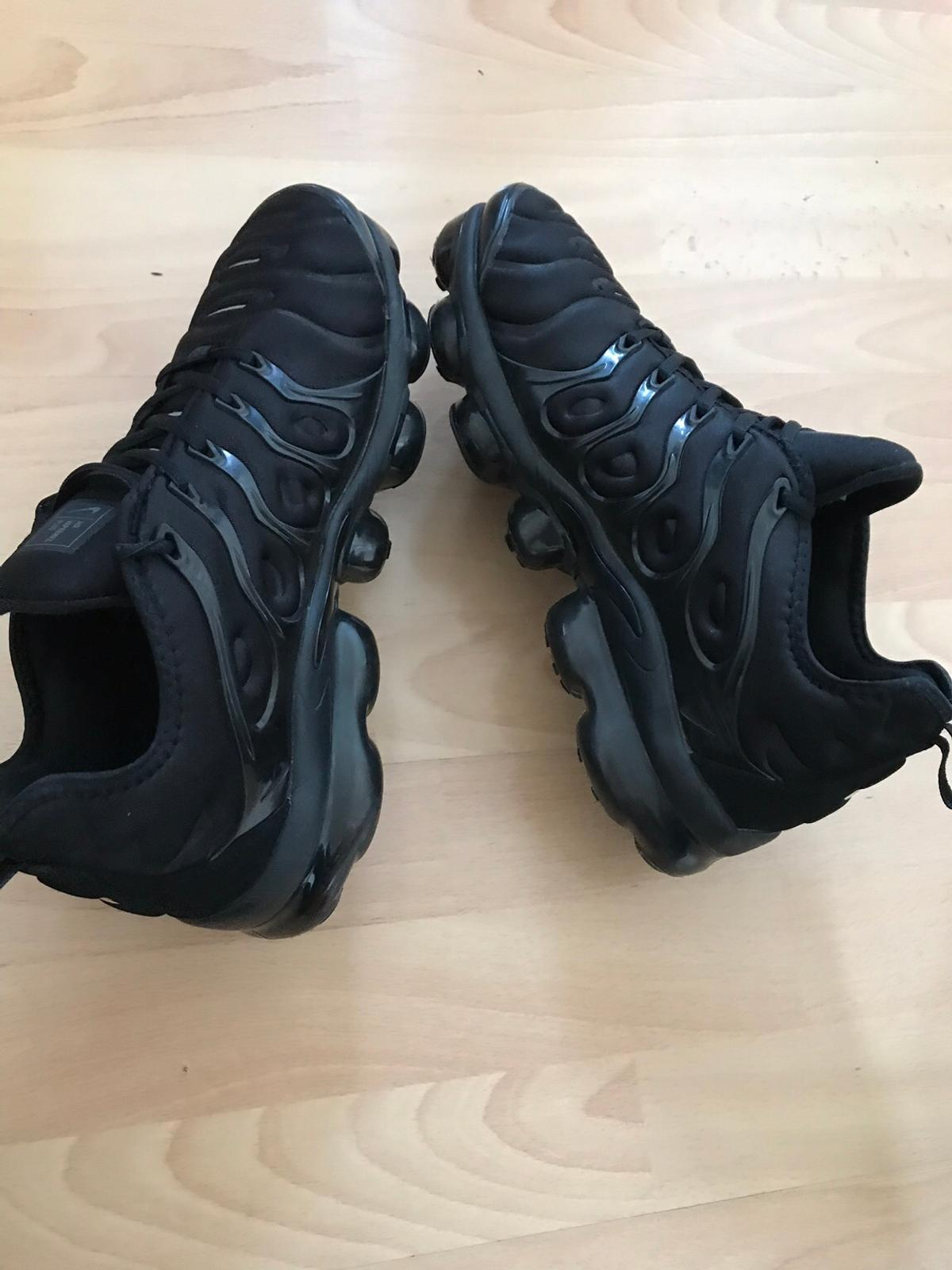 the latest 6f61a 77fba Nike air Vapormax plus black 10 uk in TW3 London für 60,00 ...