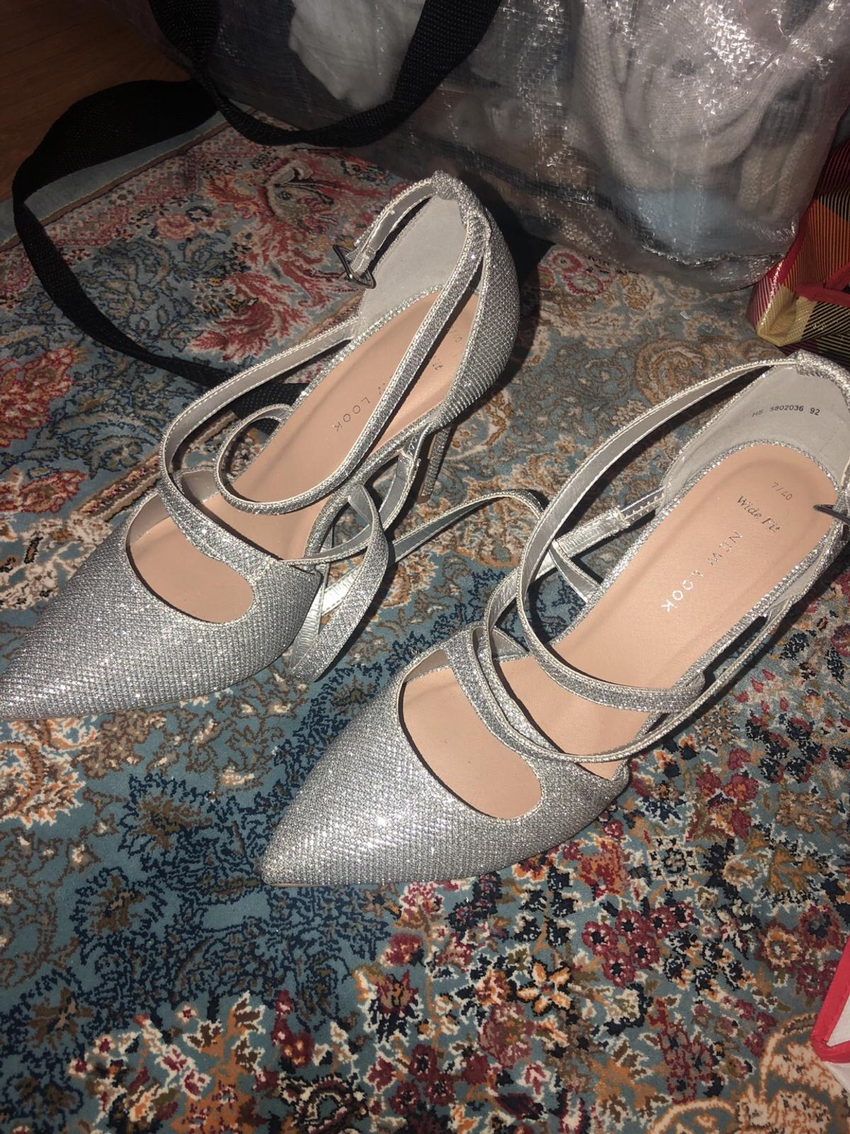 6b7710368e72 Size 7 wide feet new look sparkly shoes in NW6 Westminster for £7.00 ...