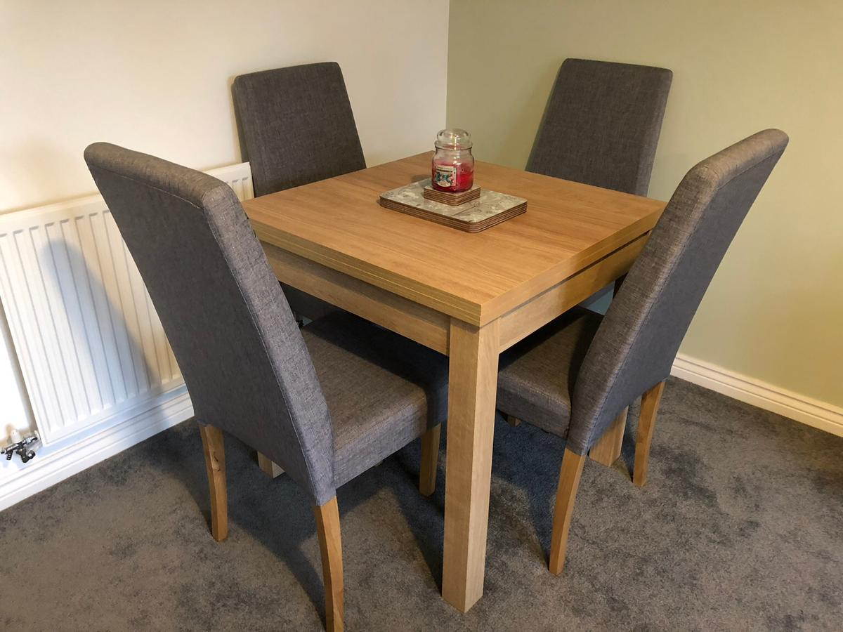 Next Malvern Extendable Dining Table Chairs In Wolverhampton For 300 00 For Sale Shpock