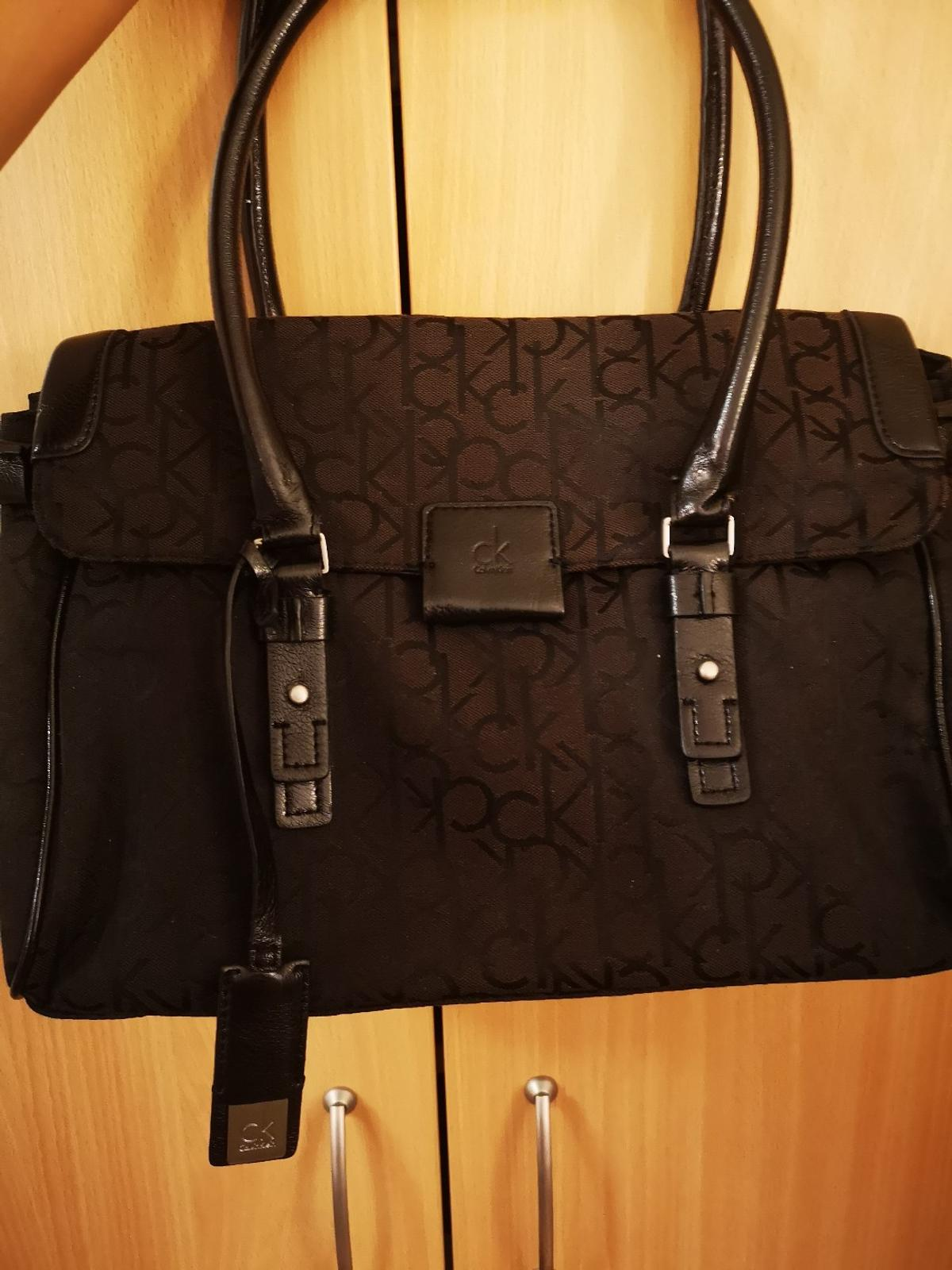 389c8d3edbcd8 Calvin Klein Tasche in 1210 Vienna for €32.00 for sale - Shpock