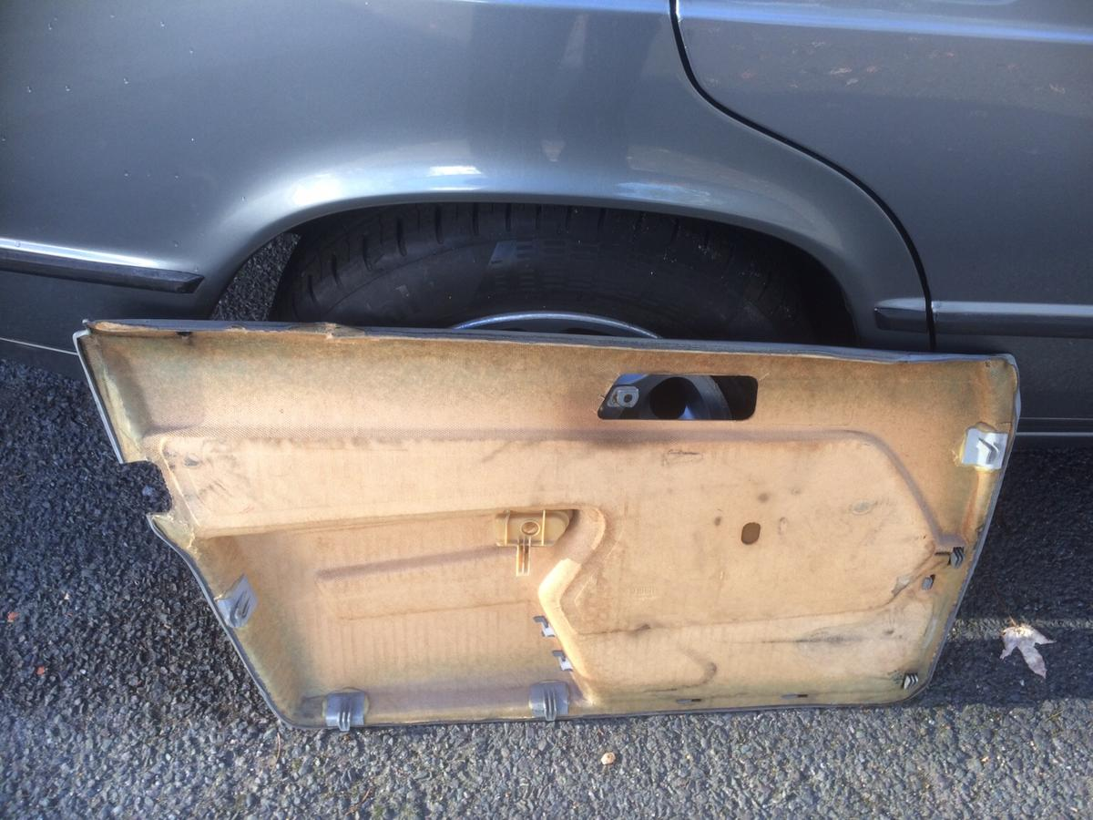 MERCEDES SPARES W201 190E BREAKING PARTS in E13 London Borough of
