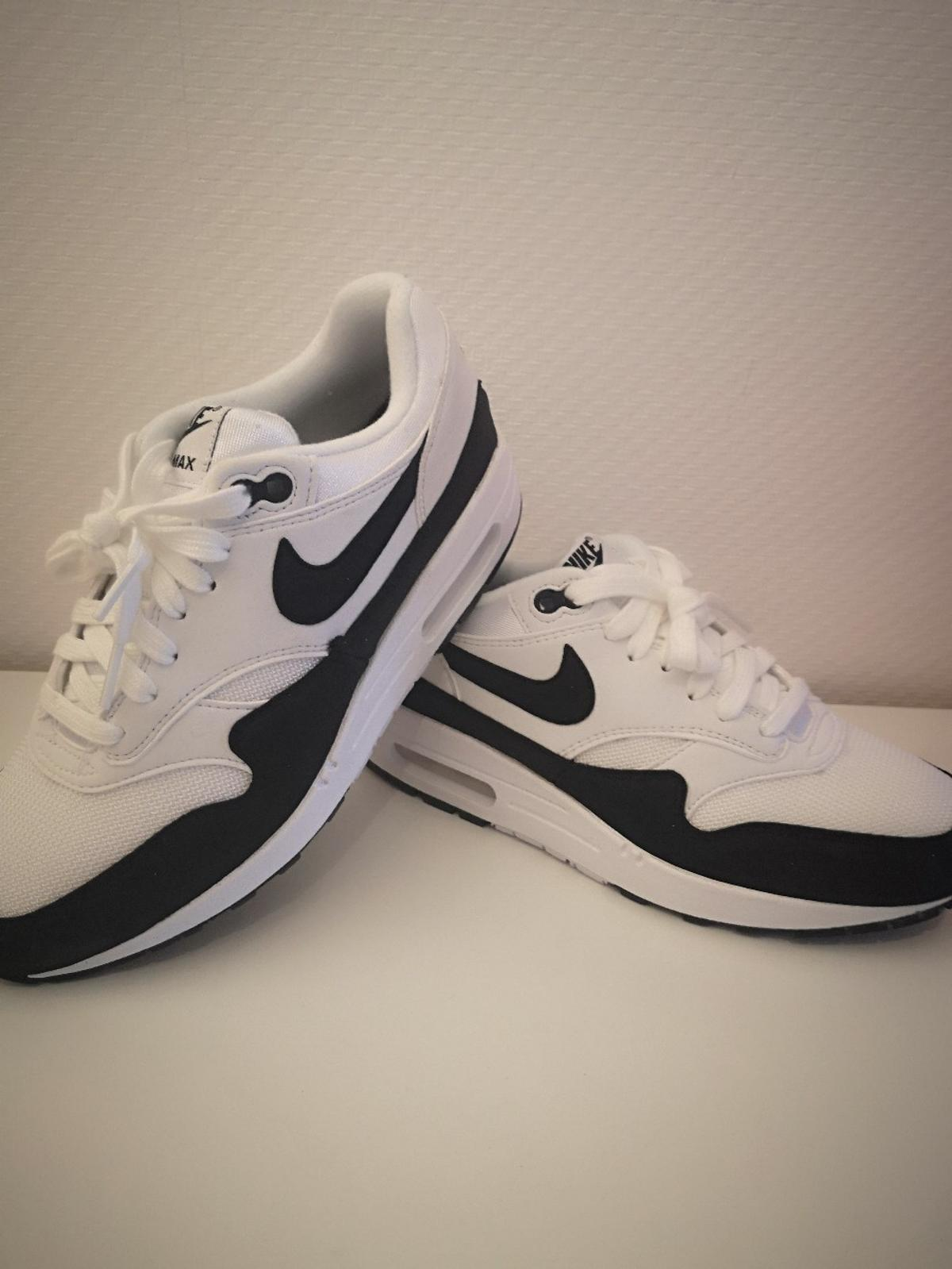 Nike Air max 1 Damen Sneakers Neu Größe 40 in 64560