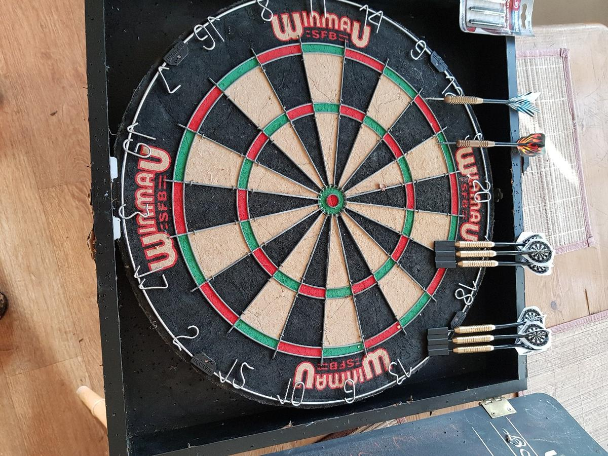 ☆SALE☆winmau darts set complete kit  in Sevenoaks for