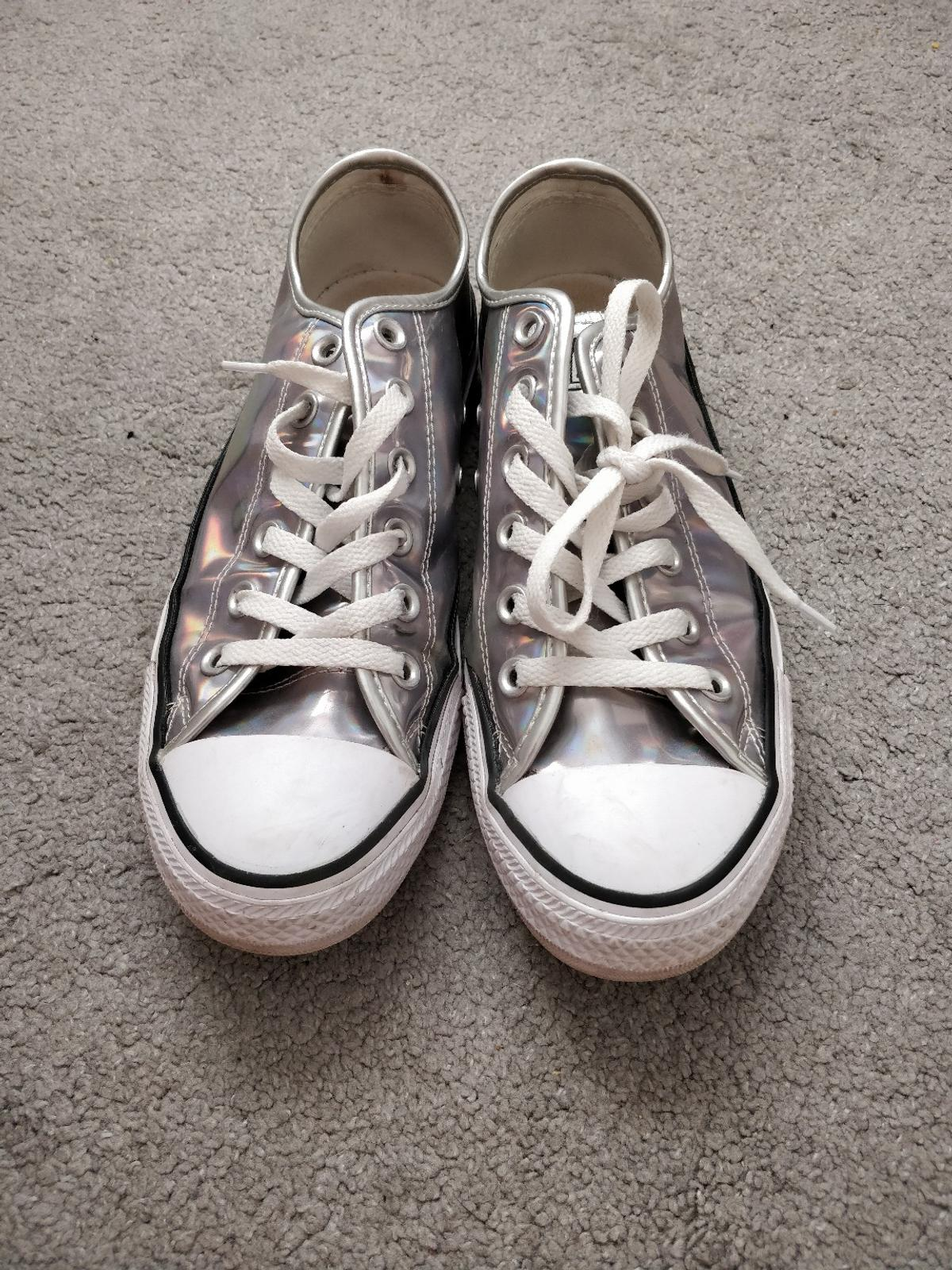 biggest discount top quality united kingdom Converse all stars silver/ holographic size 6