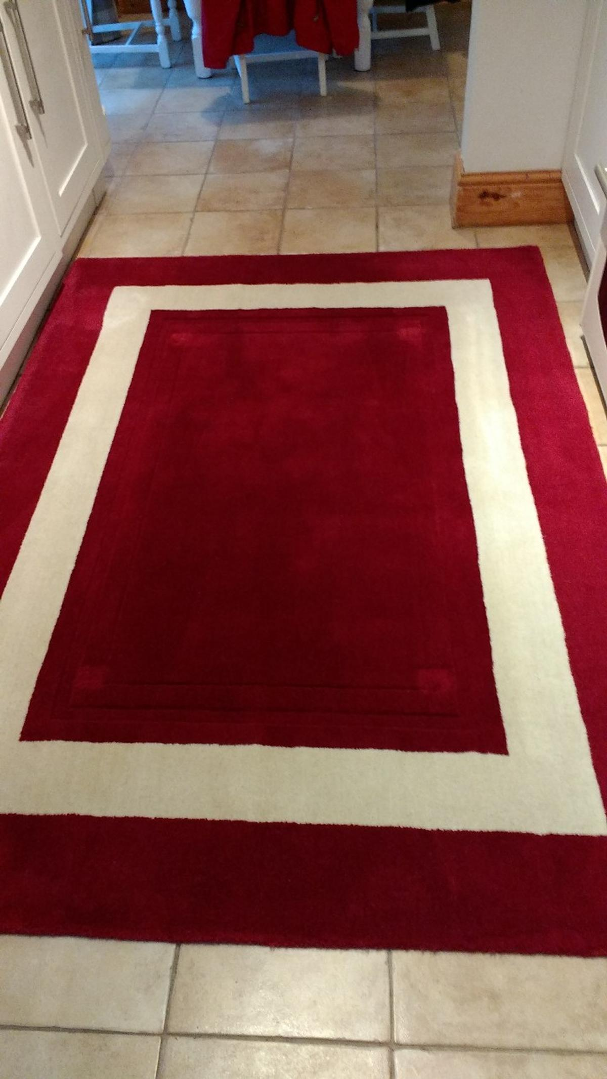 Laura Ashley Lewes Cranberry Rug In