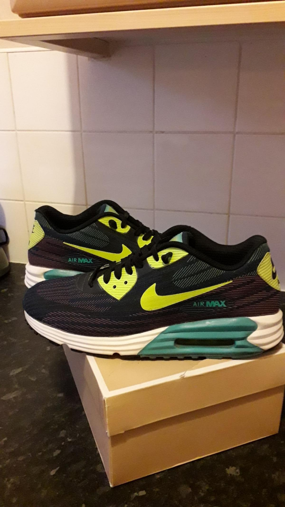 MENS NIKE AIR MAX TRAINERS SIZE 8 in G14 Blawarthill für