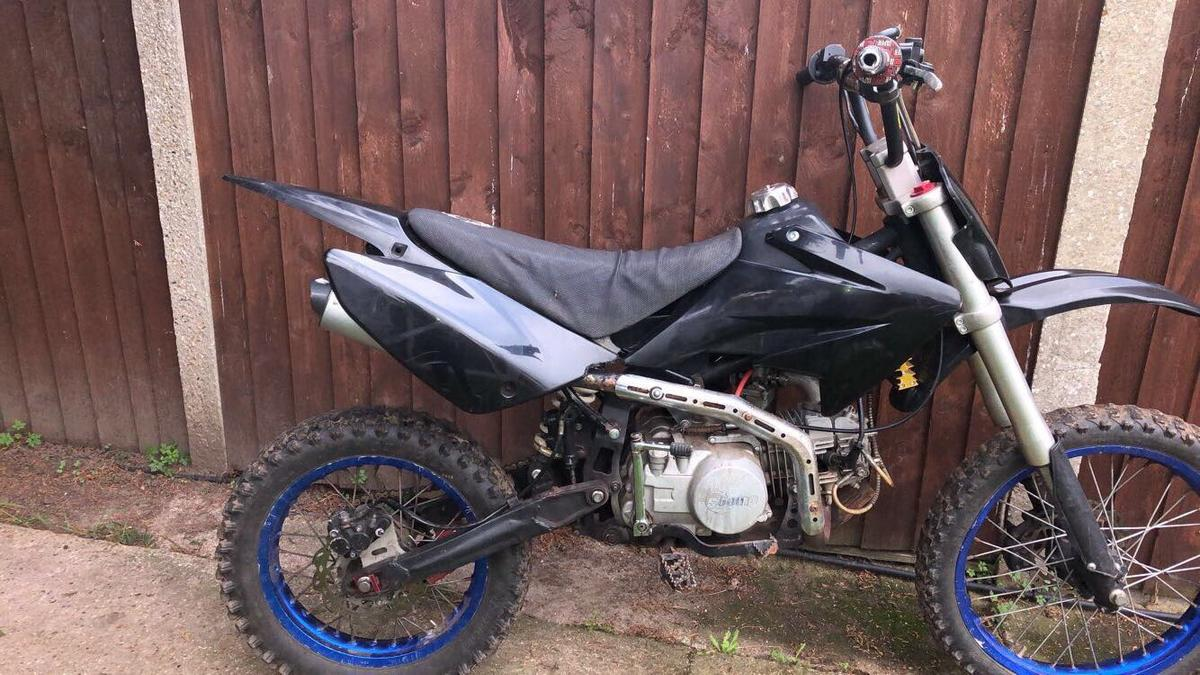 stomp 140cc pitbike in London Borough of Enfield for £350 00 for