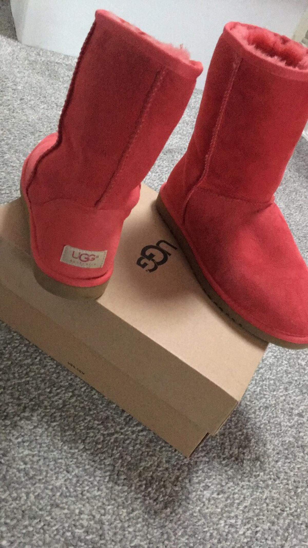 red ugg boots uk