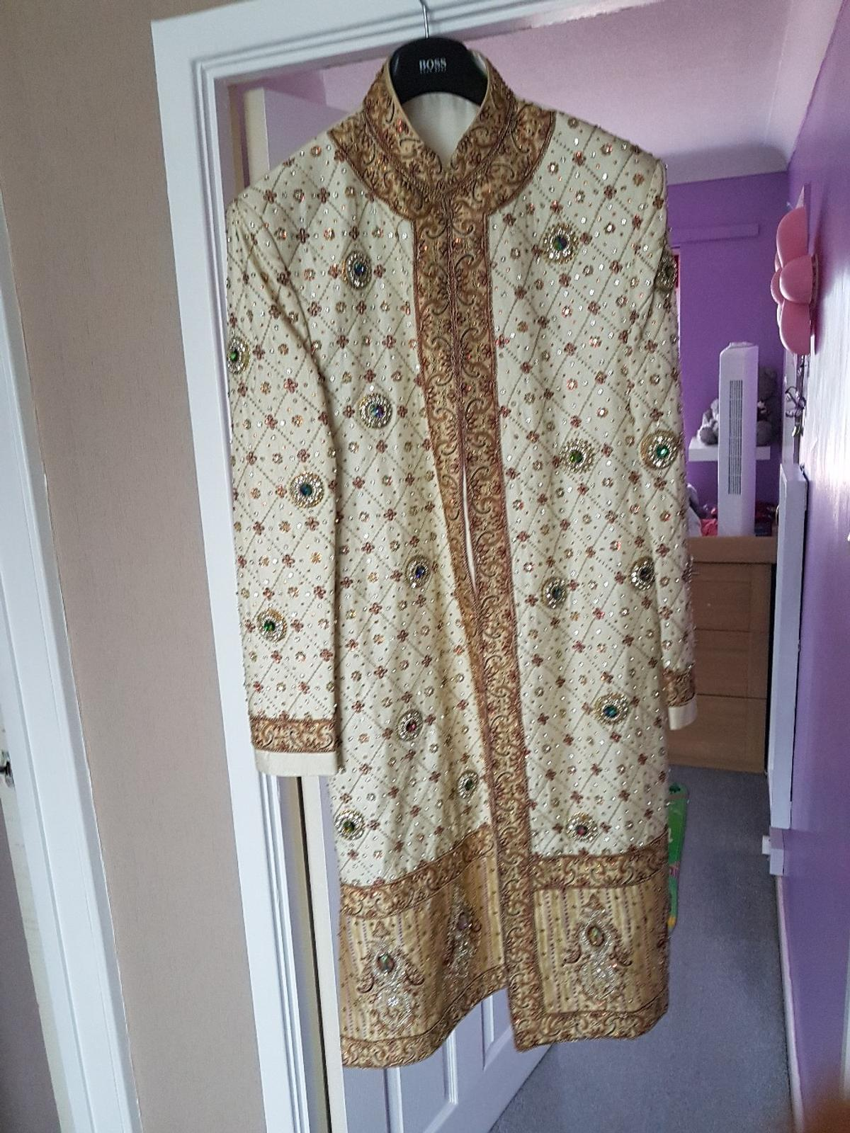heavy wedding shirvani in B68 Sandwell for £100.00 for sale   Shpock