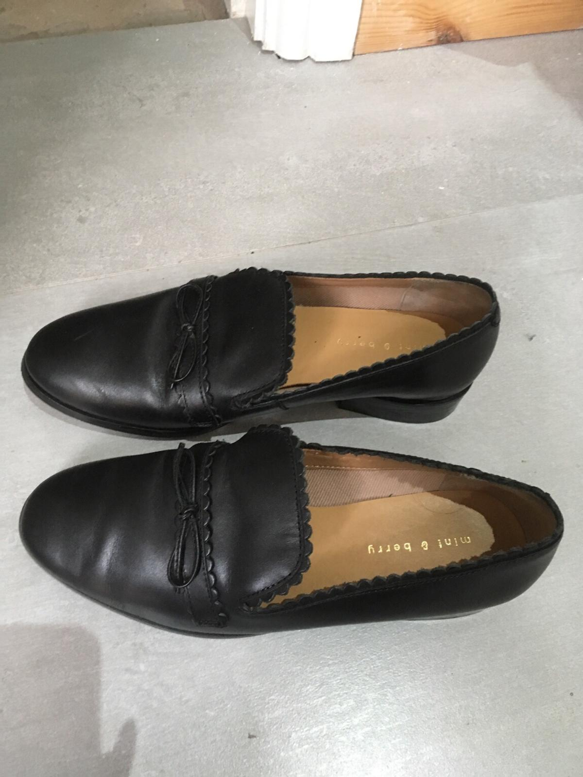 classic styles info for check out Zalando black leather loafers size 5 ladies in Wigan for £30.00 ...