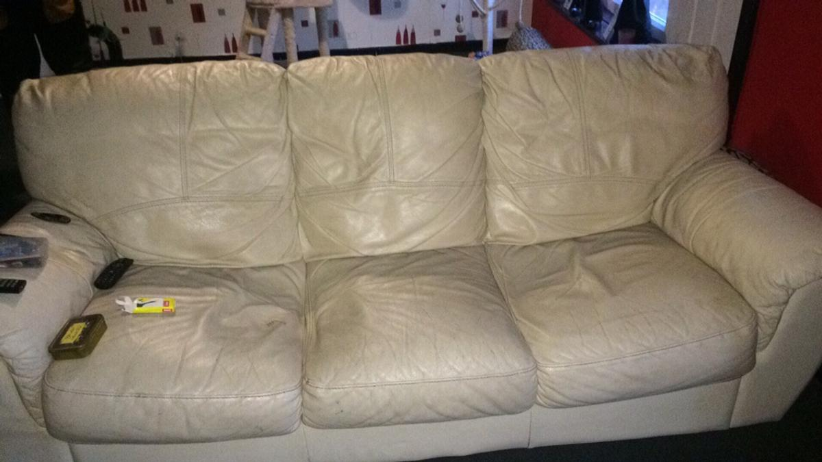Astonishing 3 And 2 Cream Leather Sofa Pdpeps Interior Chair Design Pdpepsorg