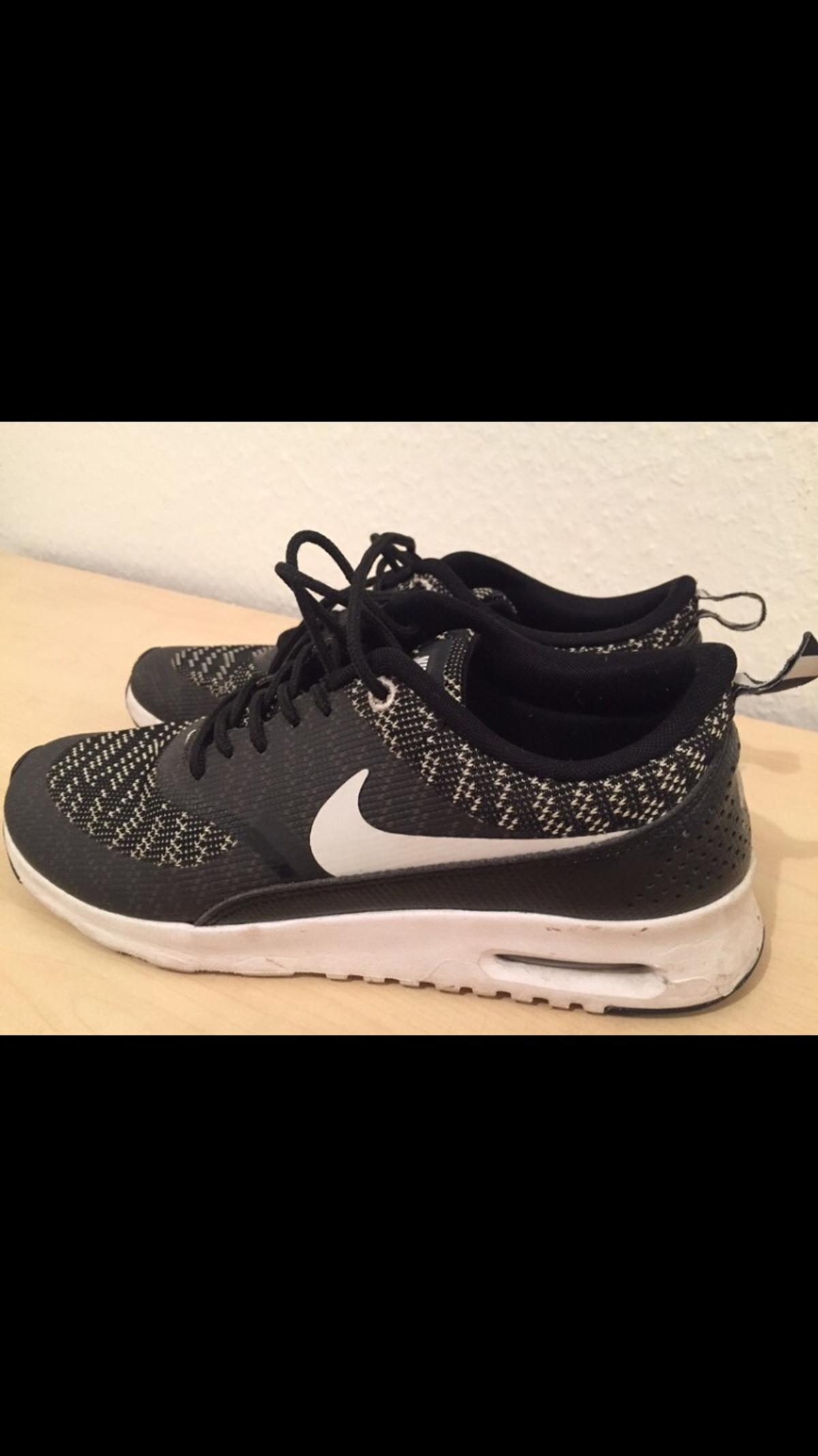 476cb89d75e55 Nike Thea schwarz weiß (40) in 76532 Oos for €55.00 for sale - Shpock