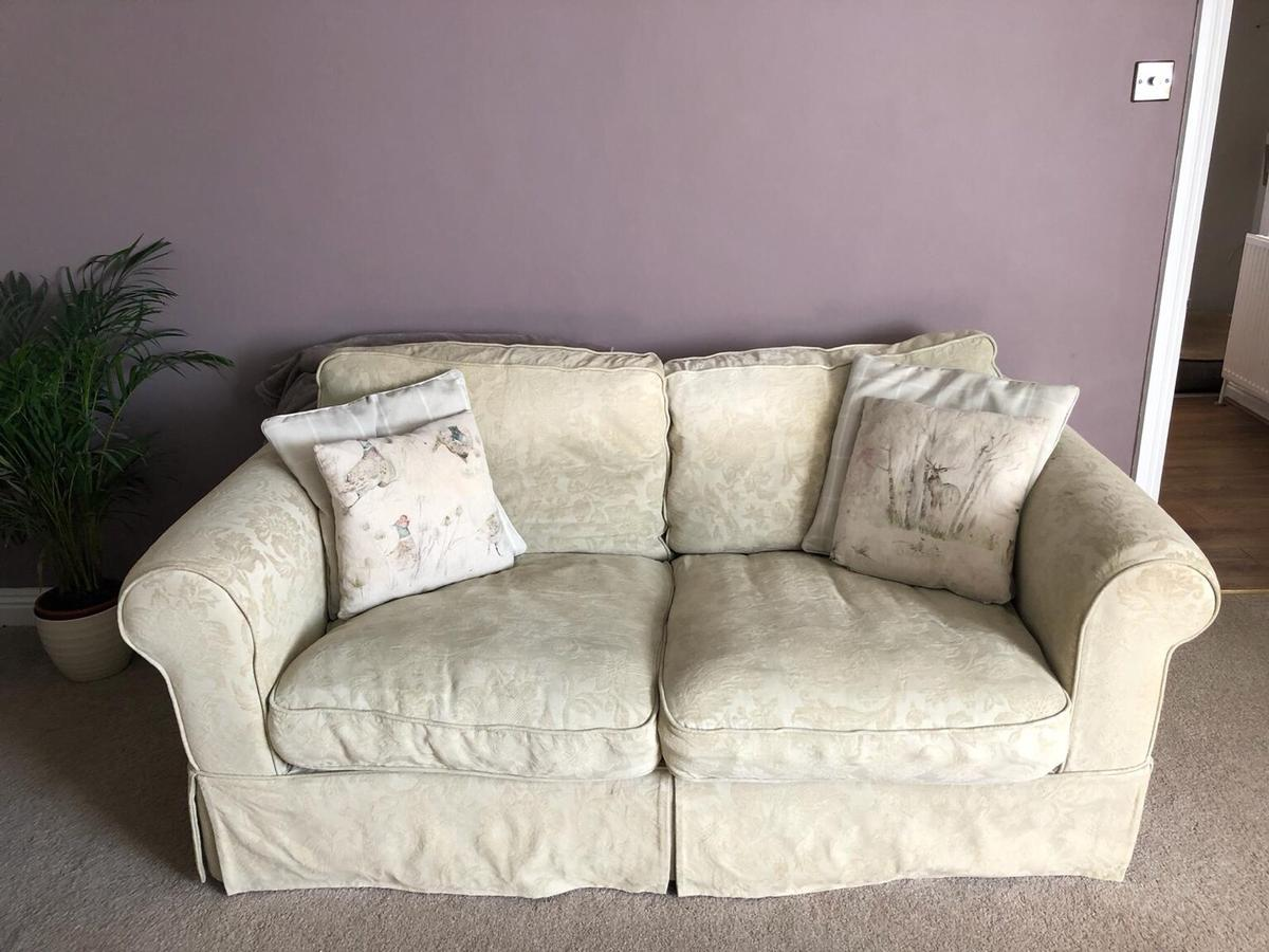 Dfs Country Living Sofas In West