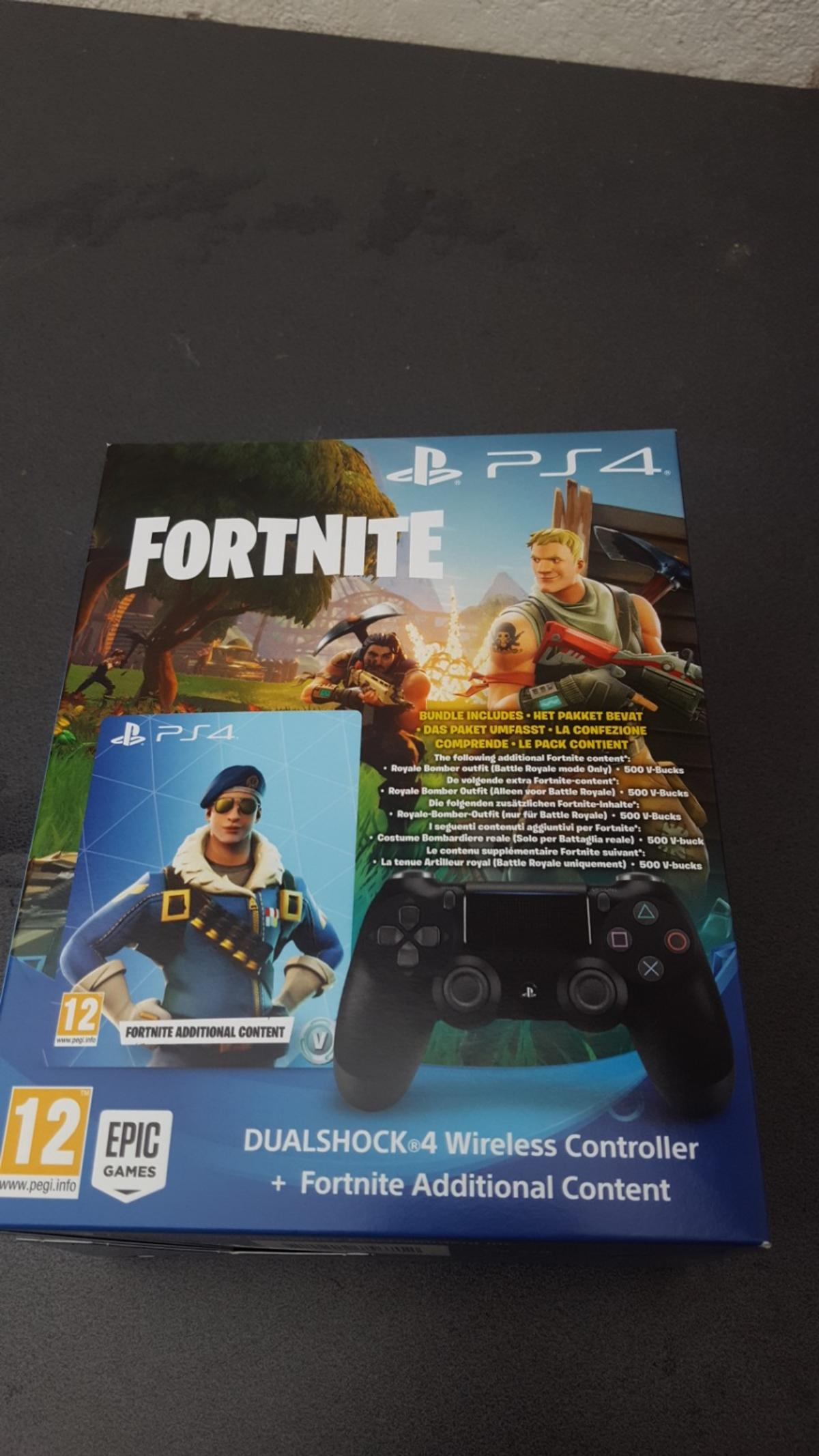 Fortnite edititional content & ps4 controller in 63526