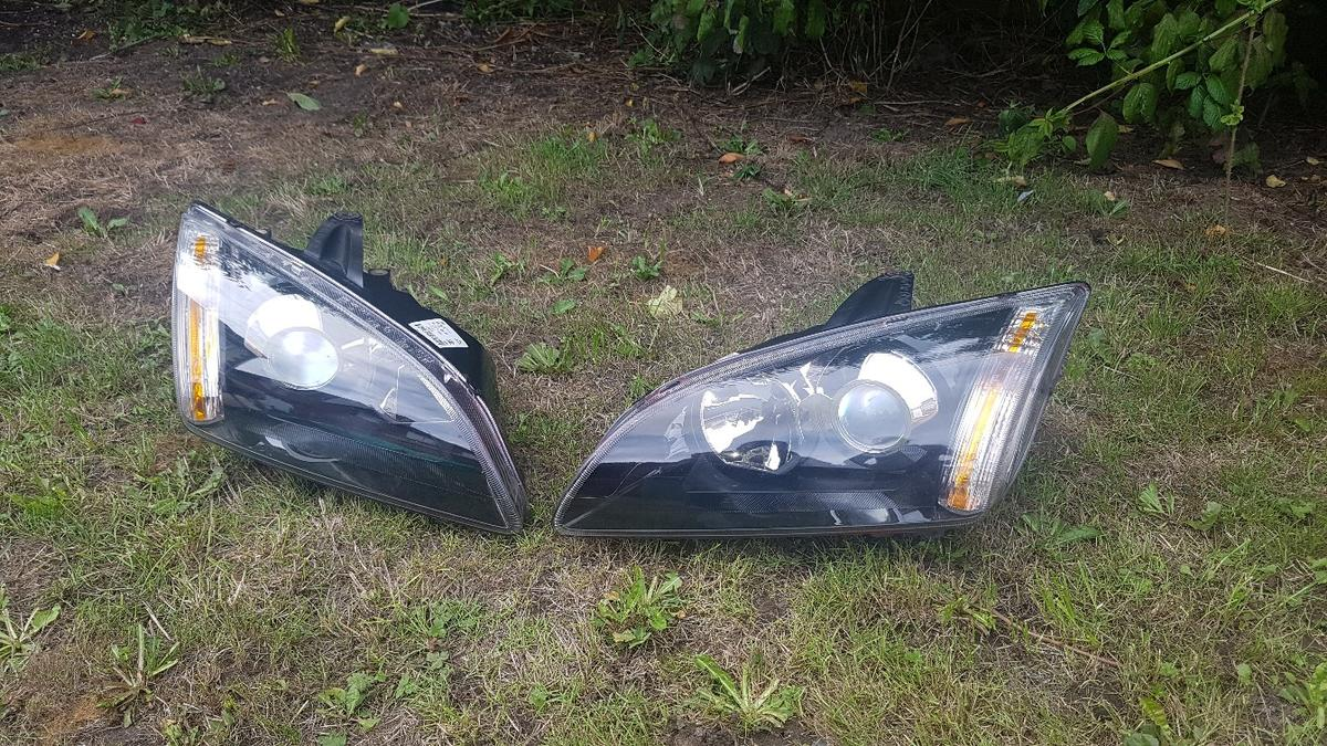 Genuine Ford Focus St225 Xenon Headlights In Ng16 Bolsover For 90 00 For Sale Shpock