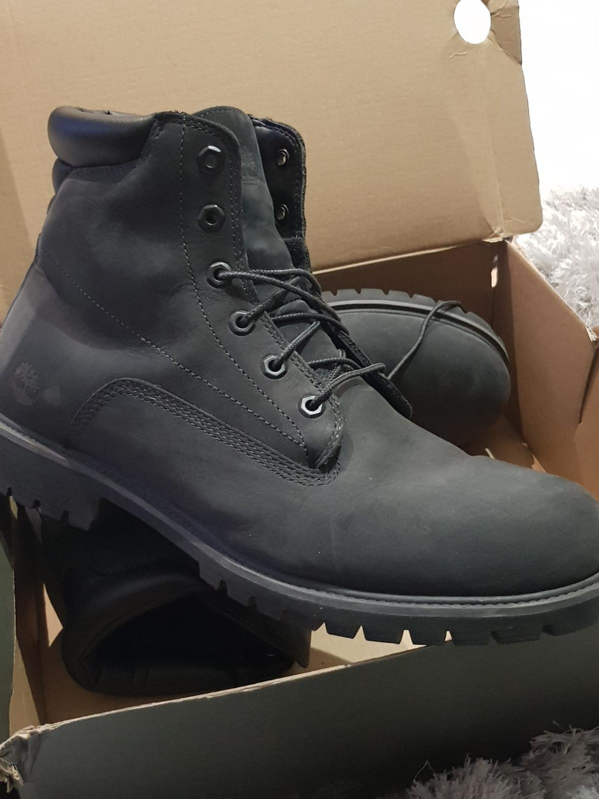 MENS NAVY TIMBERLAND BOOTS
