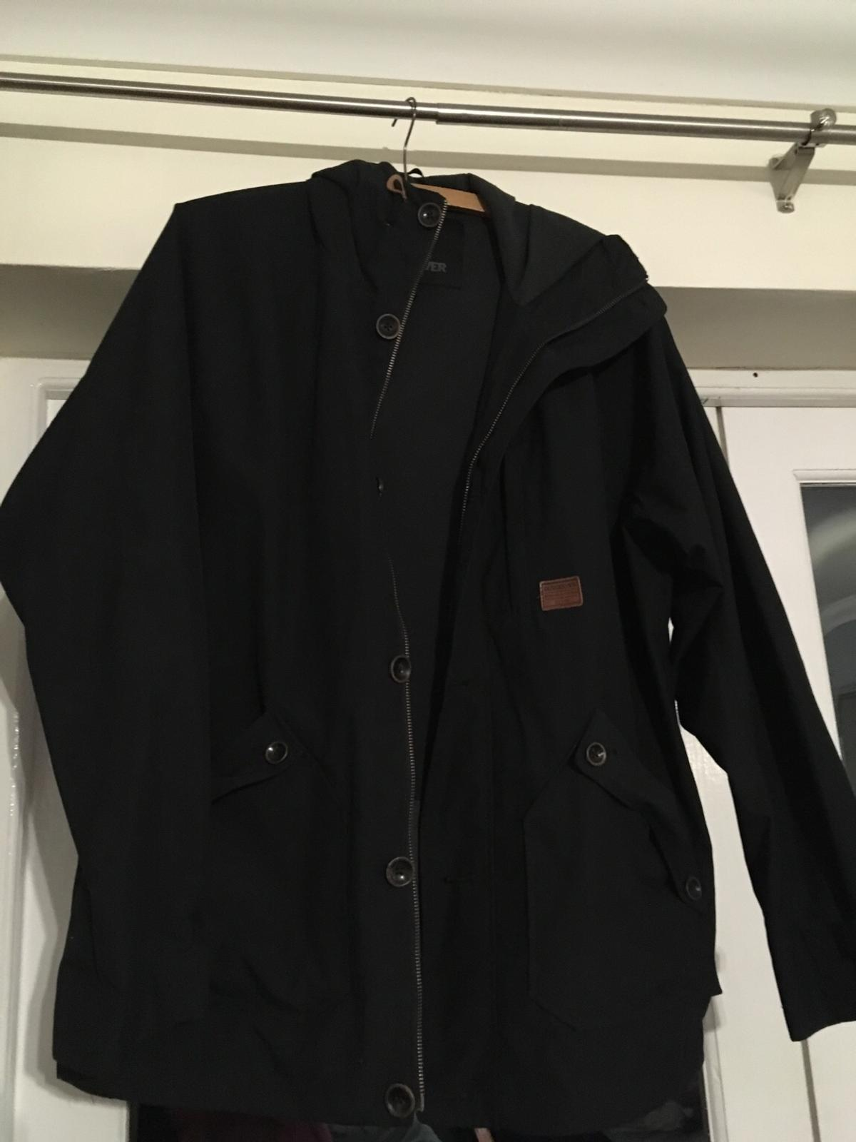 Quicksilver men's coat in DY8 Dudley for £40 00 for sale