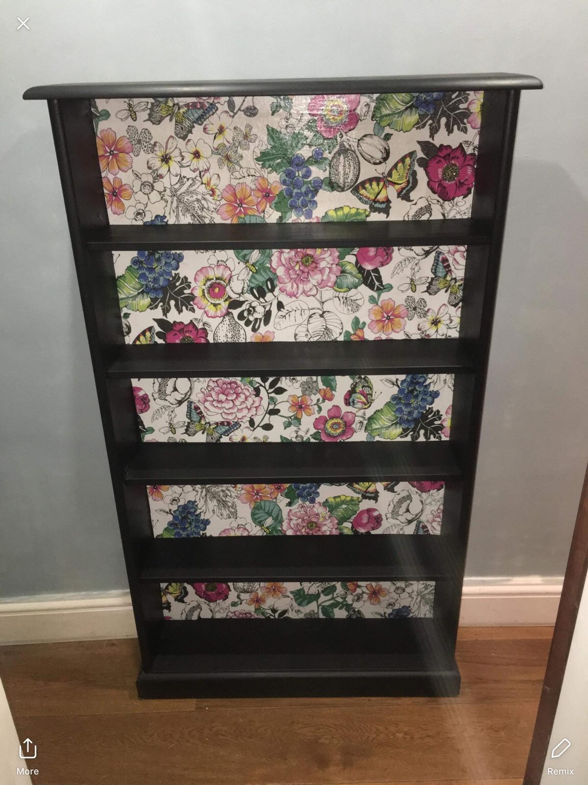 Black Chalk Wood Bookcase With Garden Print In Se19 London