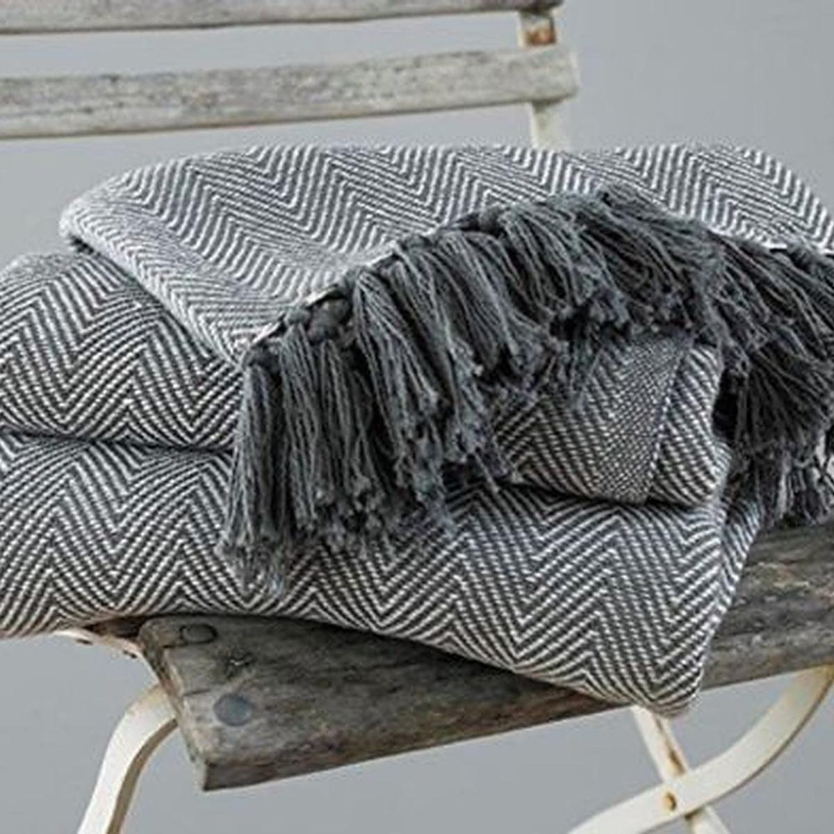 ** LUXURY COTTON THROWS FOR SALE **